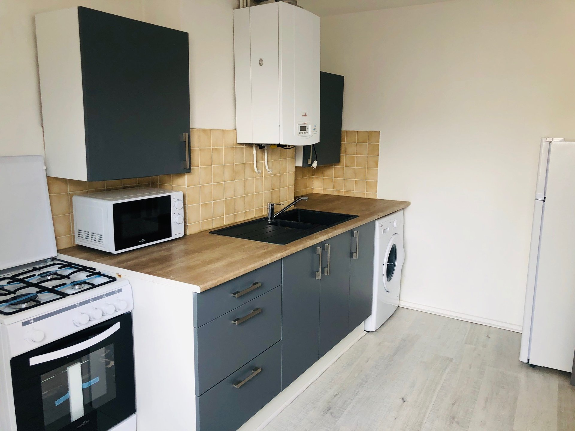 SAINT-ETIENNE - Appartement T2 meublé proximité FAC