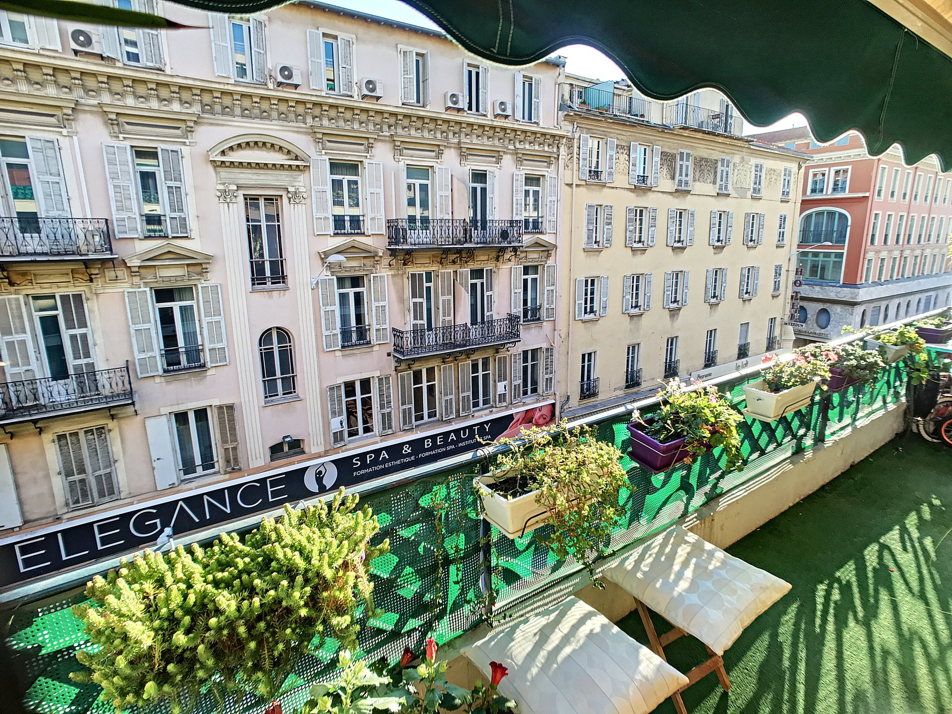 SALE Apartment 4 Rooms Nice Hyper-Center Lafayette Large Terrace