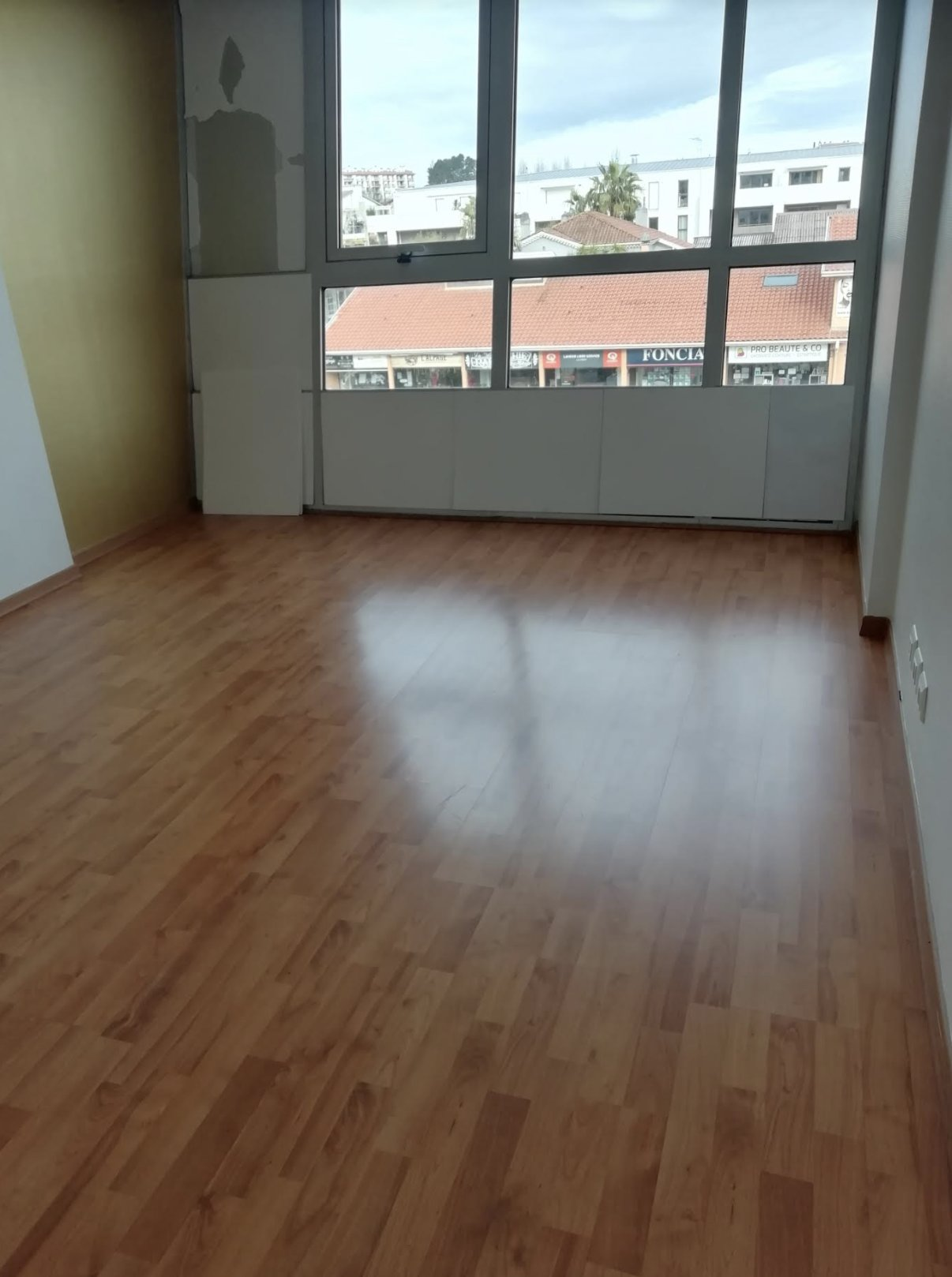 Local, office for rent Anglet
