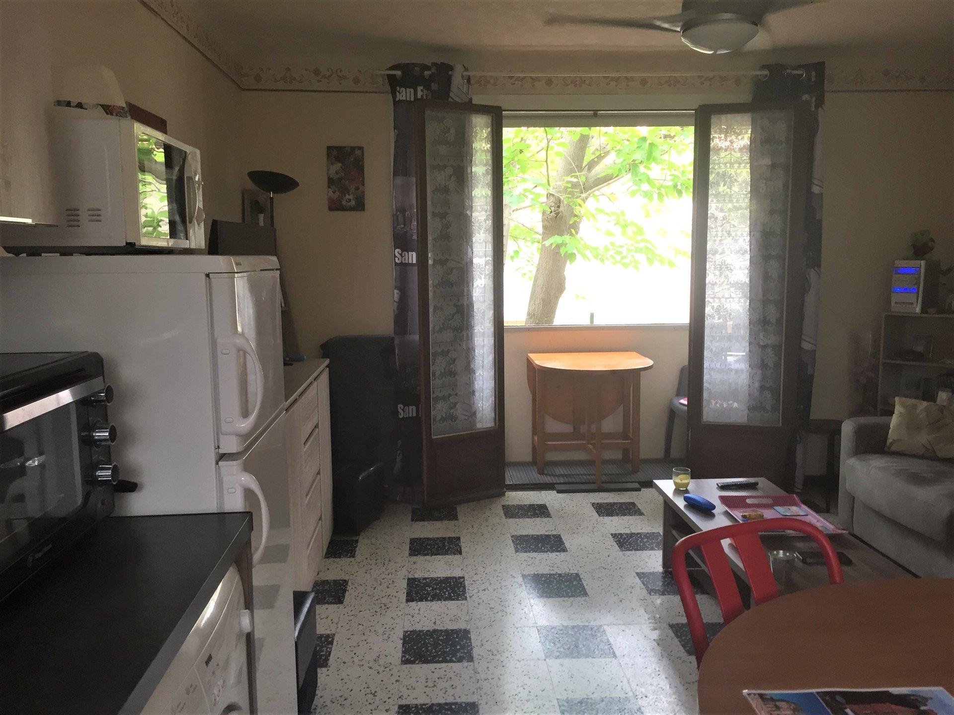 Studio meublé avec parking