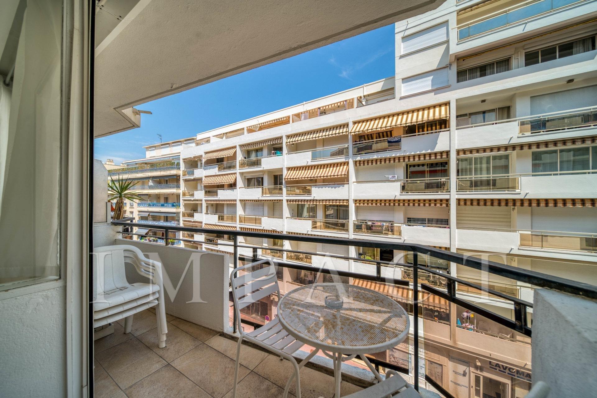 Apartement for sale in Cannes - Arrière Croisette