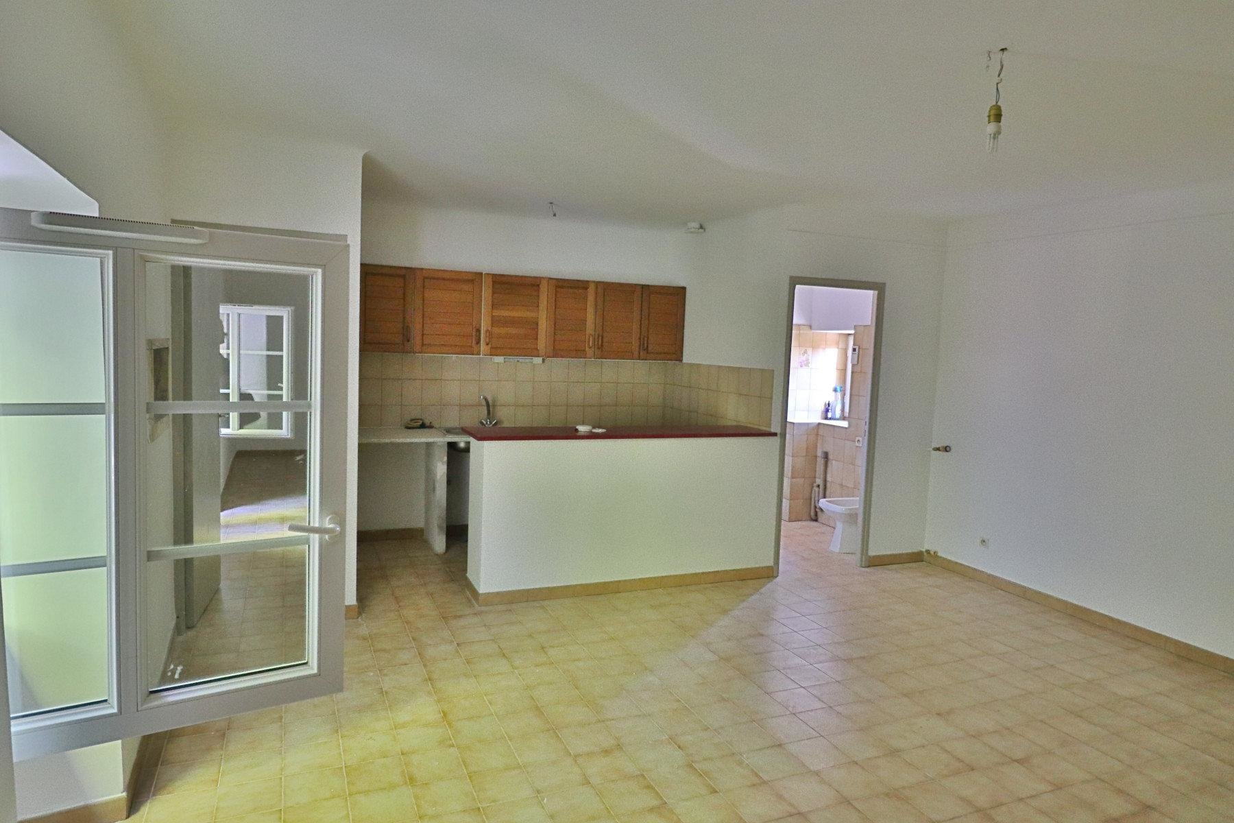 Location Appartement - Saint-Rémy-de-Provence