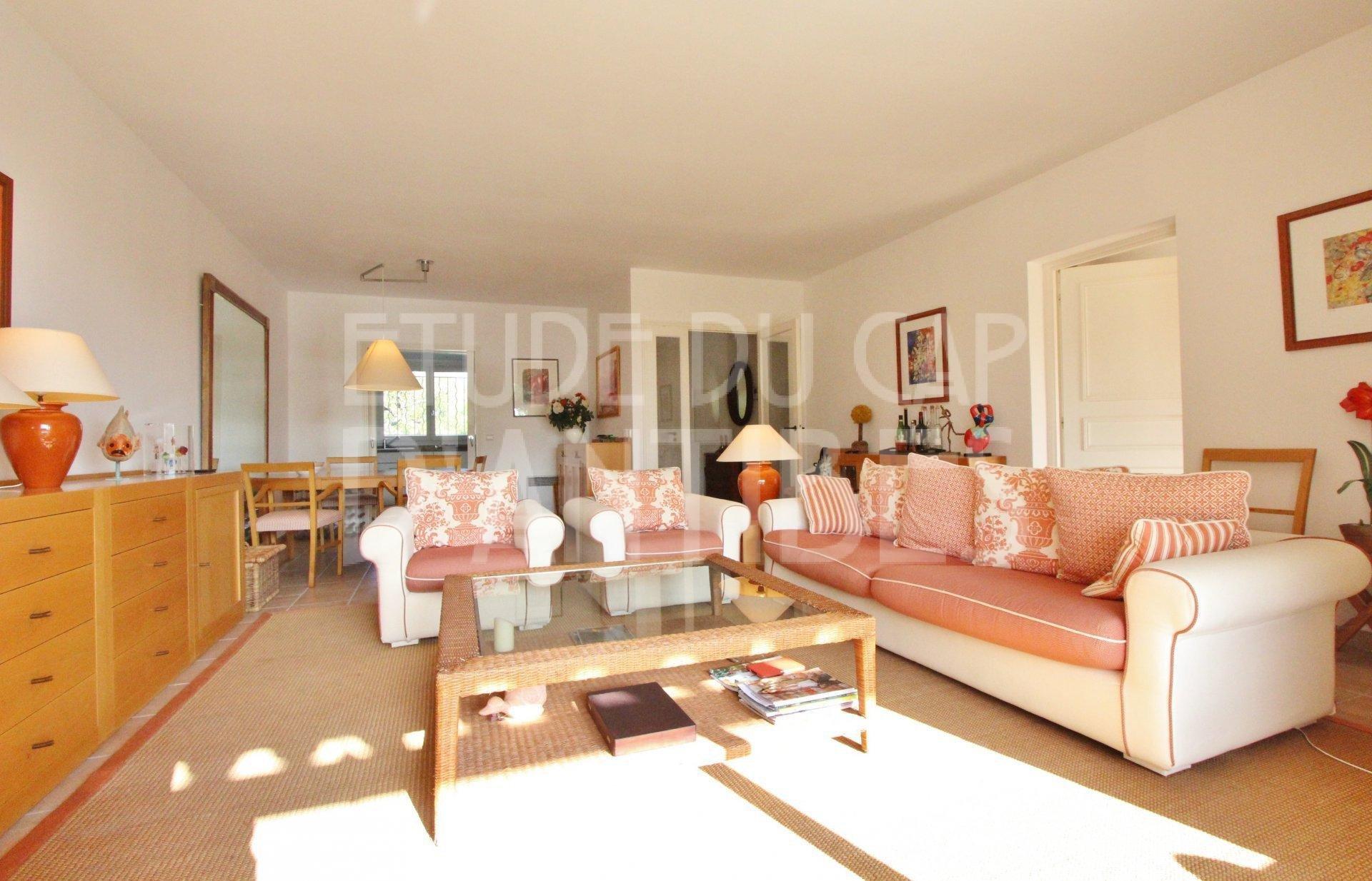 Cap d'Antibes - 2/3 bedroom apart sor sale