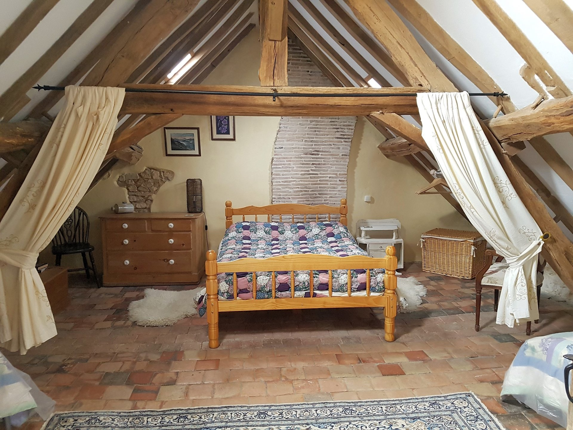 Farmhouse with outbuilding to restore for sale, Vienne 86