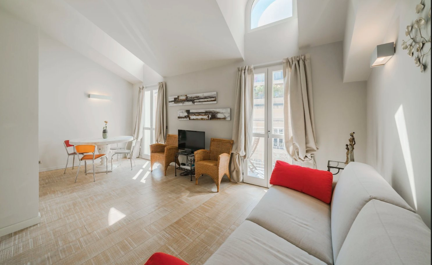 Cannes Banane.  Appartement T3 lumineux
