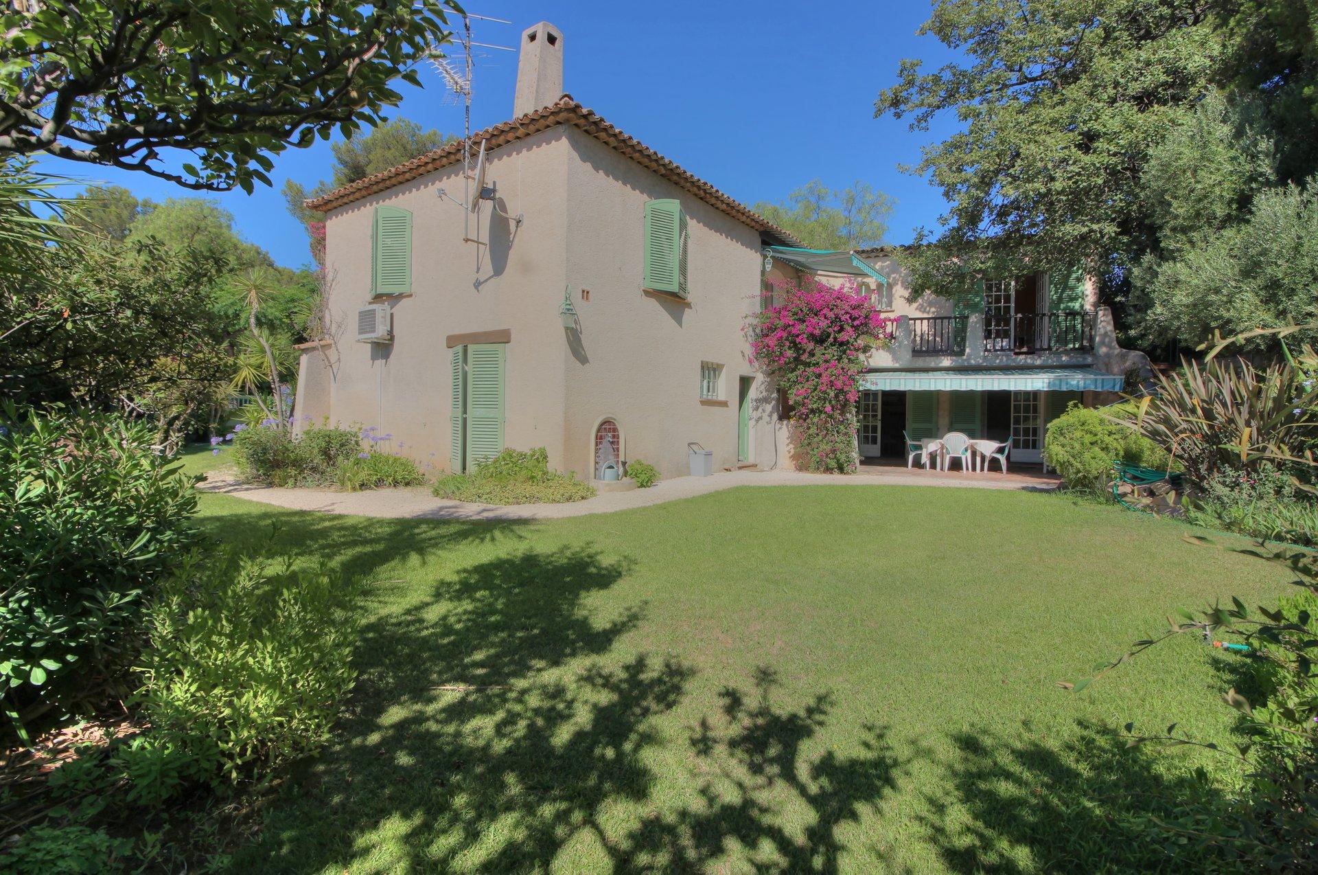 Sale Villa - Hyères Costebelle