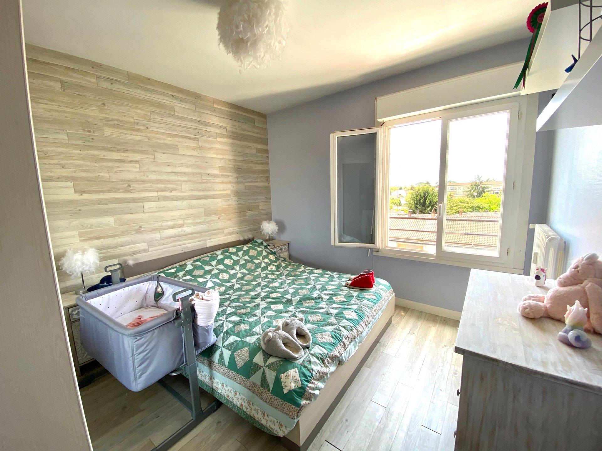 Appartement T3 avec terrasse et cave