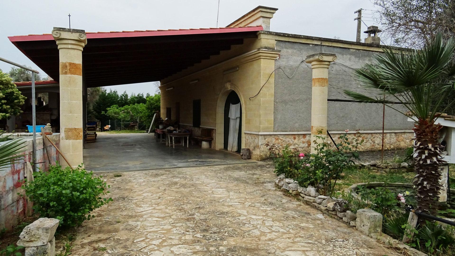 Villetta in agro di Oria