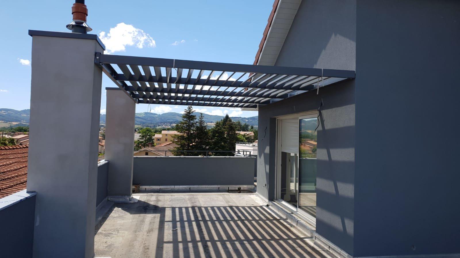 CRAPONNE MAIRIE - Dernier Etage - Terrasse 91m2