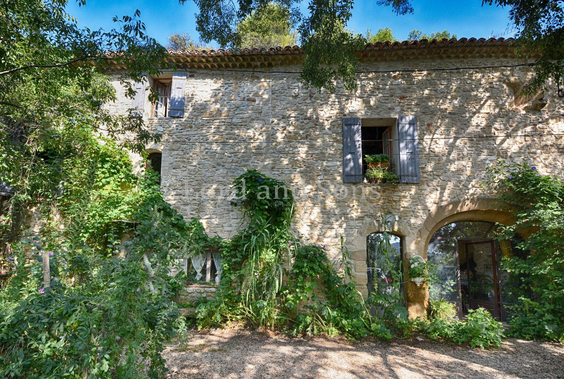 Boutique Dentelles de Montmirail