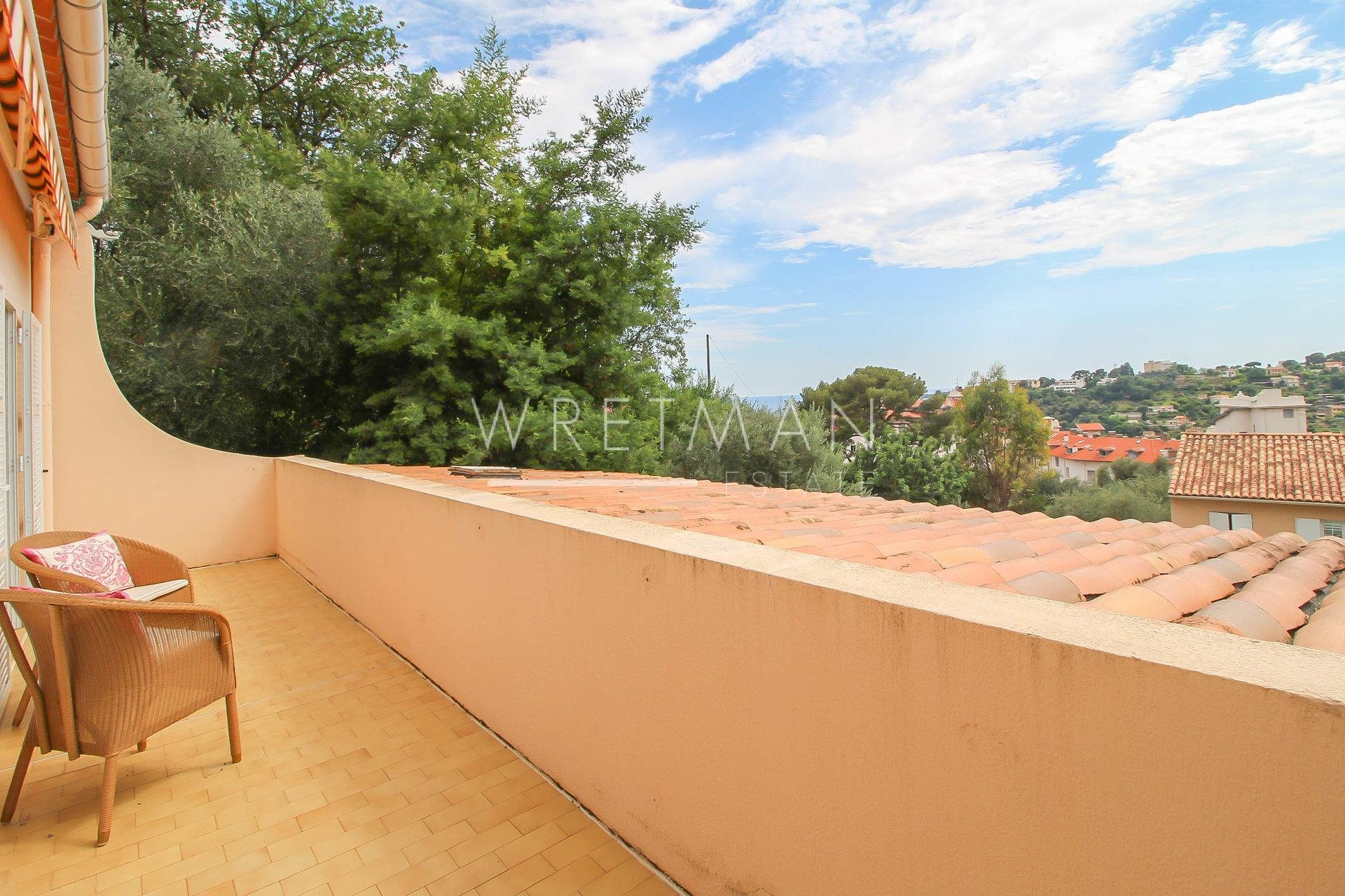 2 room top floor apartment with terraces and sea glimpse - Menton Riviera