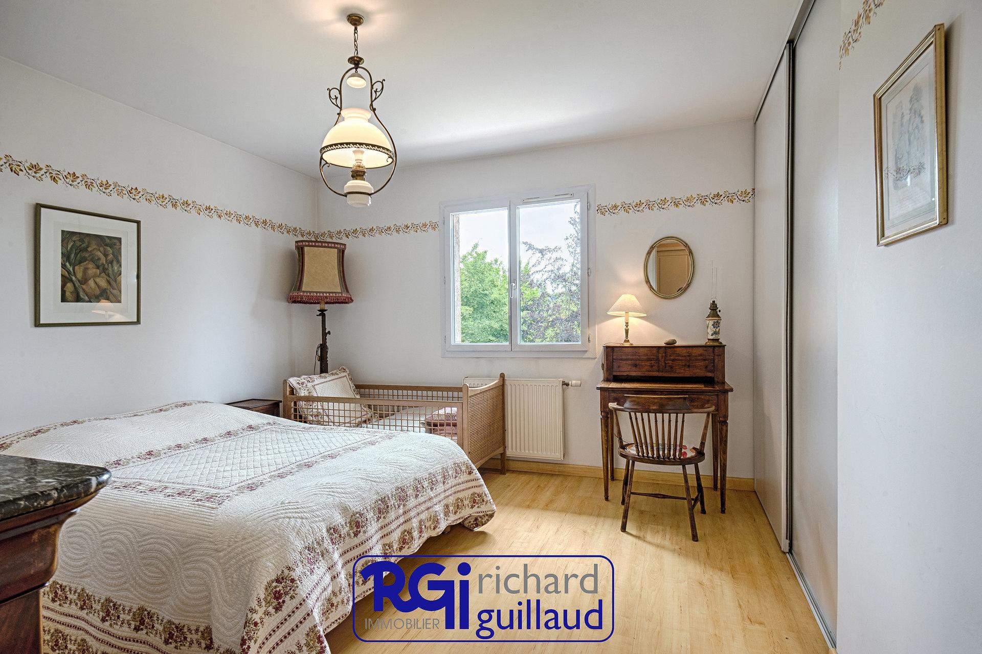 Maison  PLAIN-PIED 4 chambres + Garage double