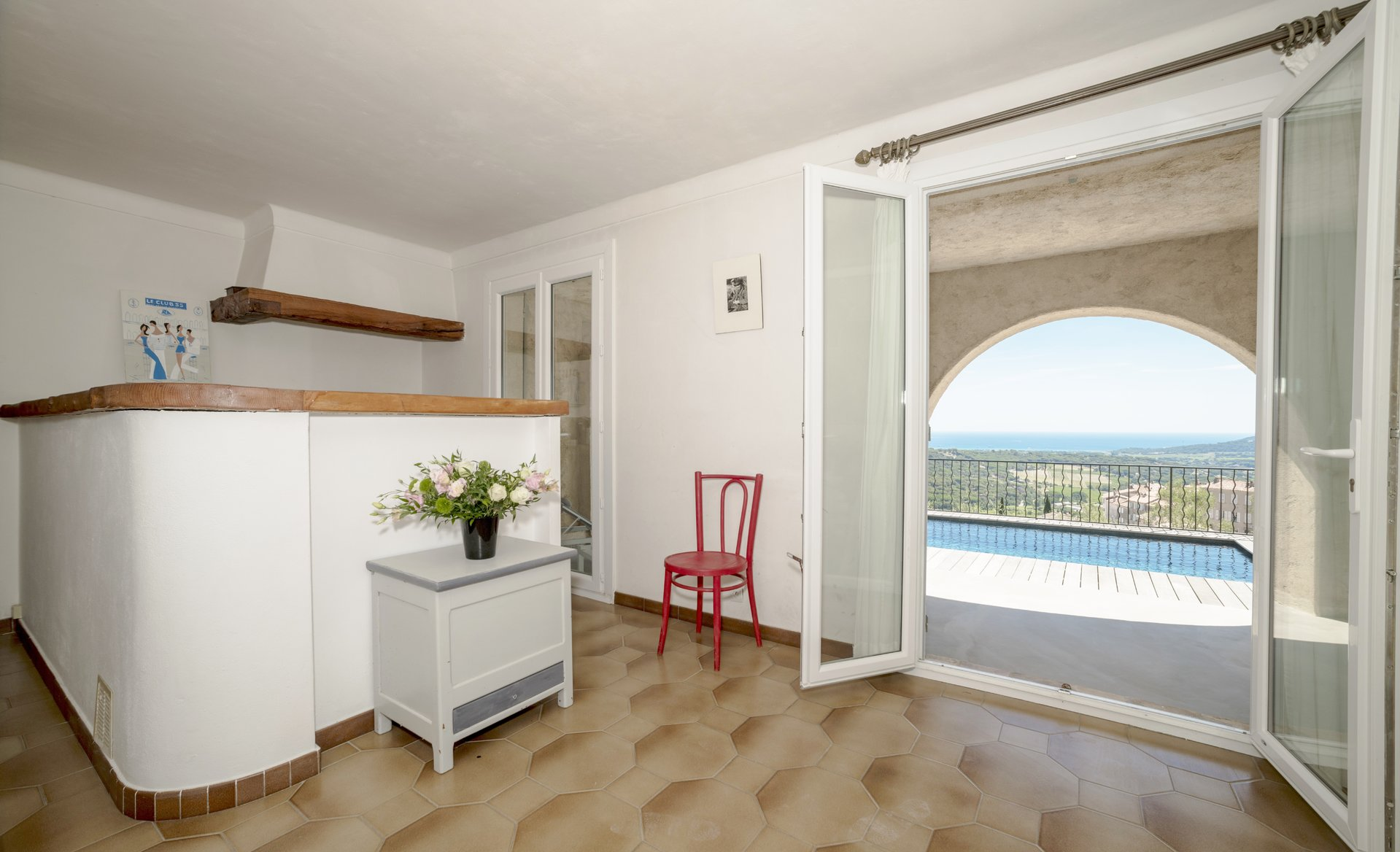VILLA FROM THE EIGHTIES WITH PANORAMIC SEA VIEW