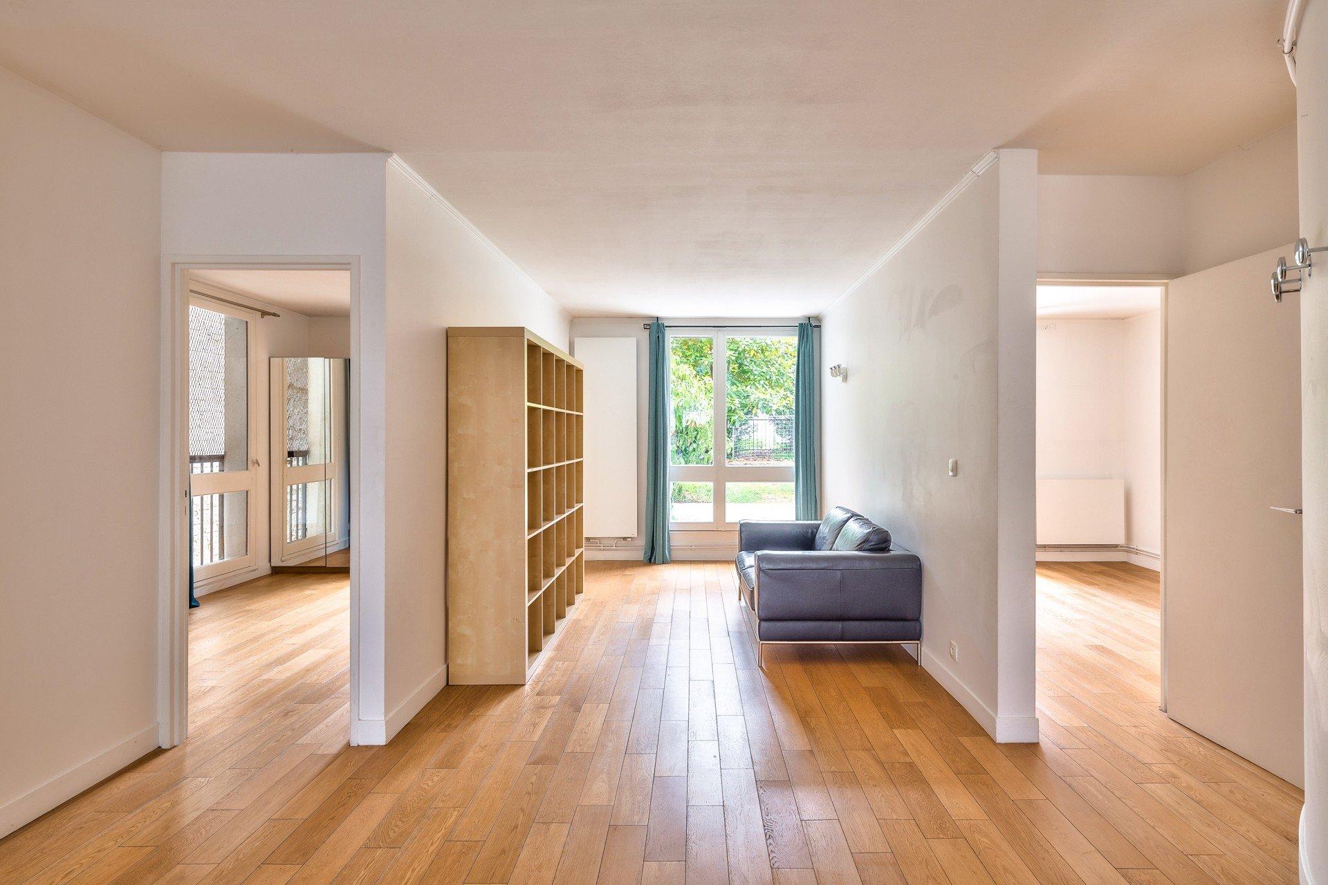 Sale Apartment - Paris 18th (Paris 18ème) Clignancourt