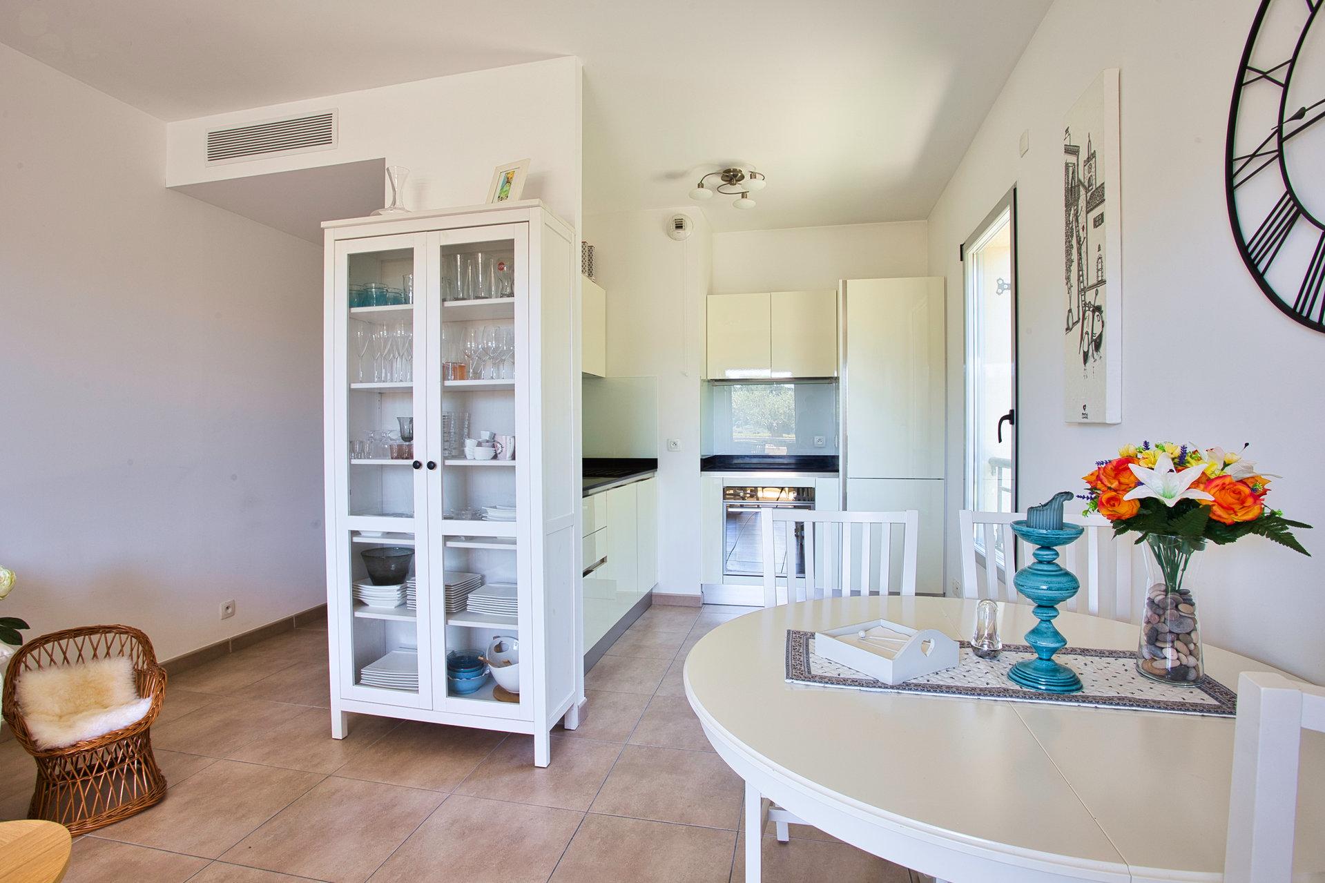 Appartement 3 pièces Terrasse Piscine Double Garage