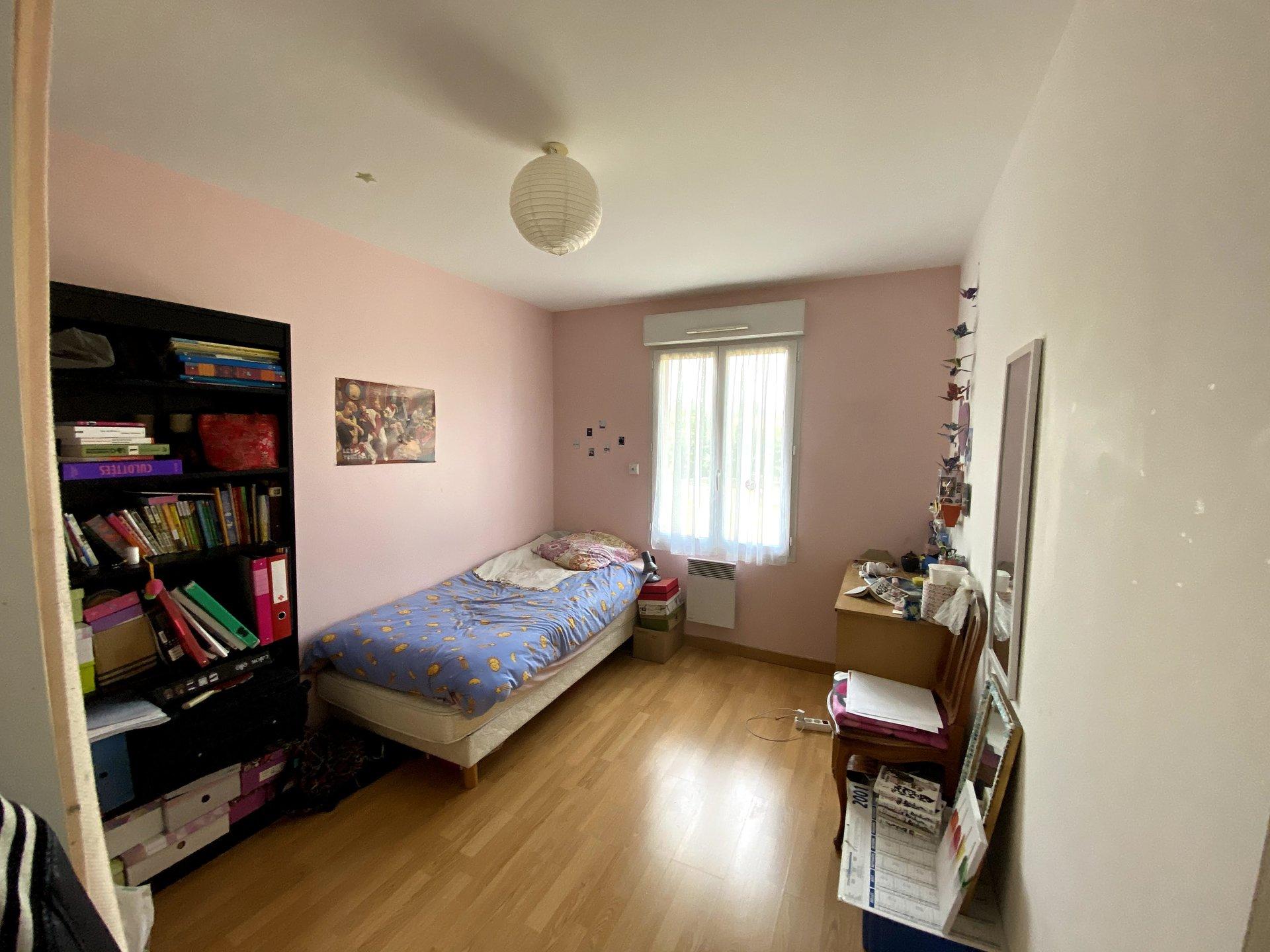 BELLEVILLE Plain pied 4 chambres avec garage