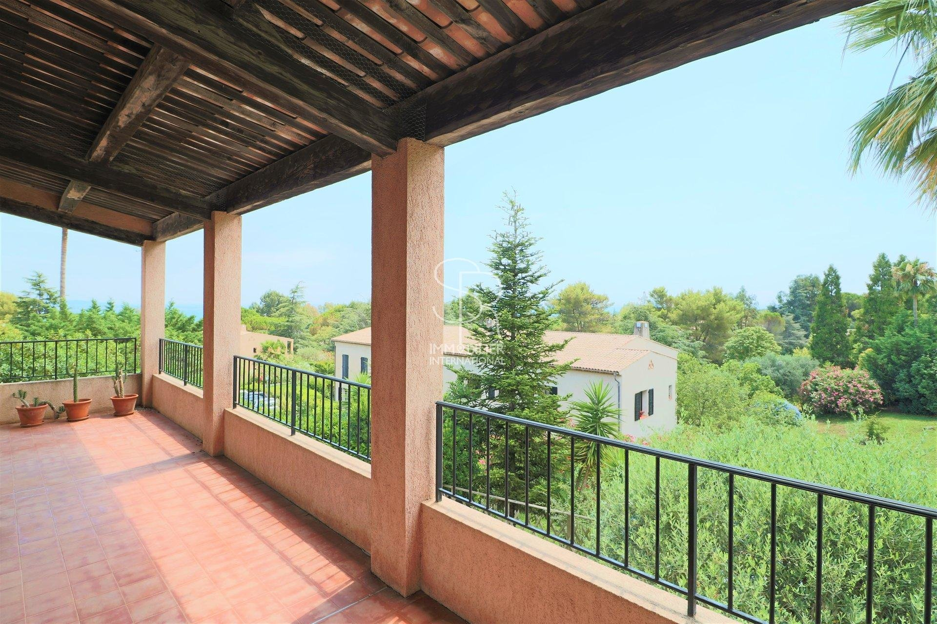 Sale Apartment - Villeneuve-Loubet Hauts de Vaugrenier