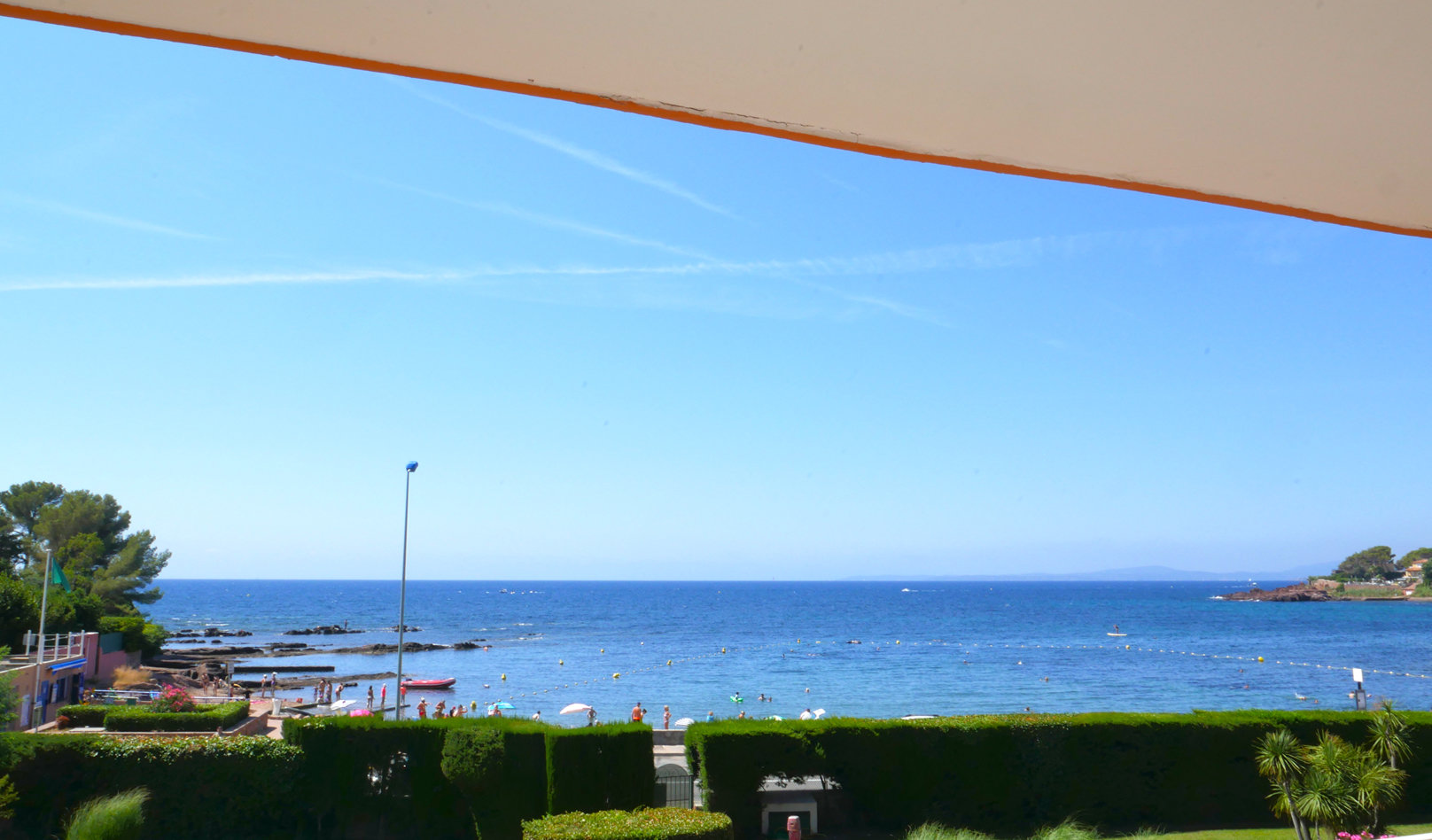 saint-Raphael-STUDIO cabine avec vue sur mer-