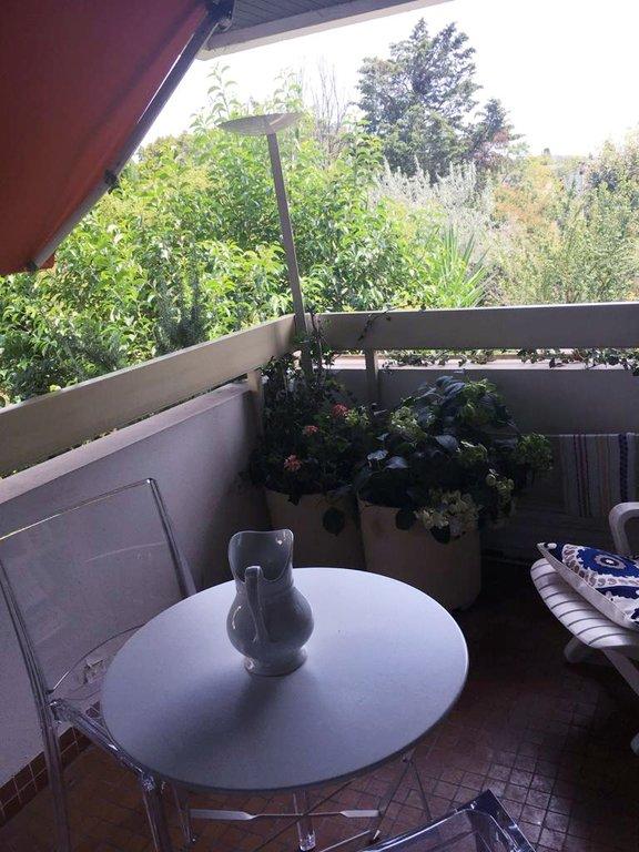 T2 Bagatelle au calme avec balcon