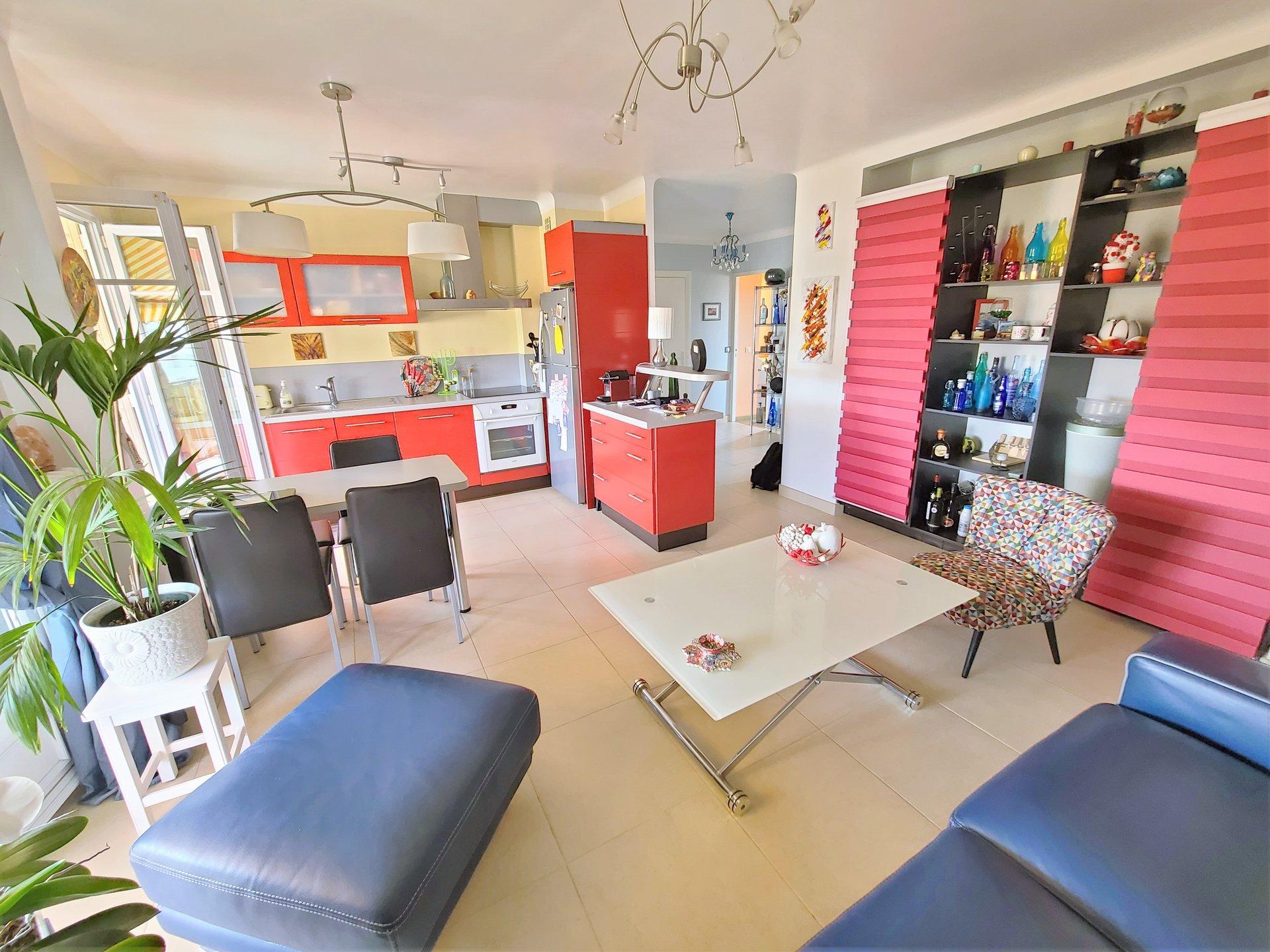 Sale Apartment - Cannes-la-Bocca Centre Ville