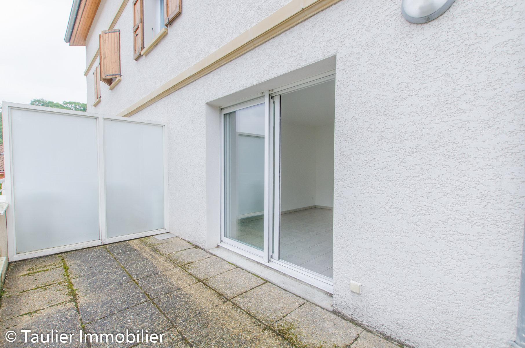 T2 en résidence, avec garage et terrasse, locataire en place
