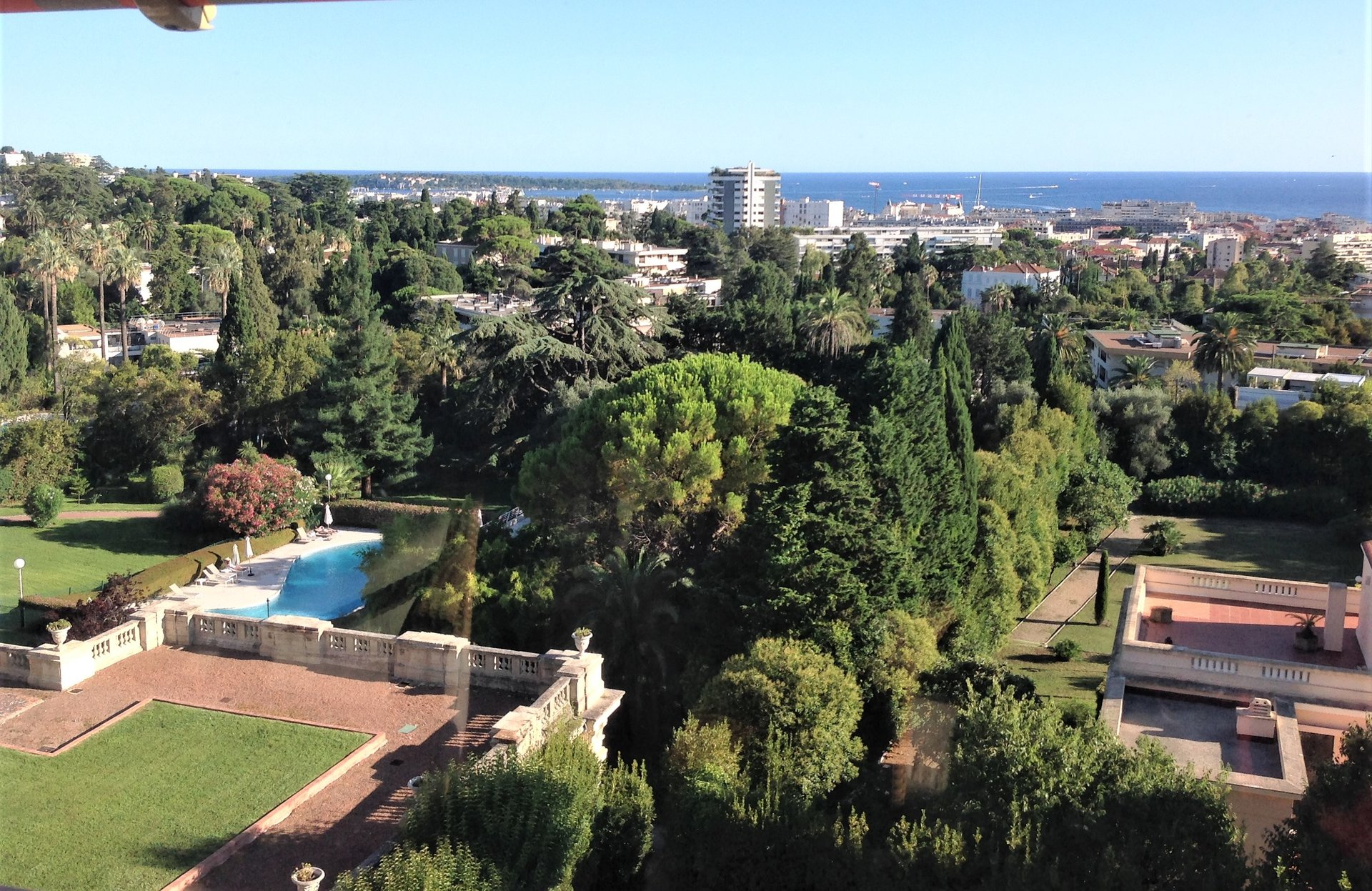 CANNES OXFOR VUE MER PANORAMIQUE 3P-PISCINE TENNIS
