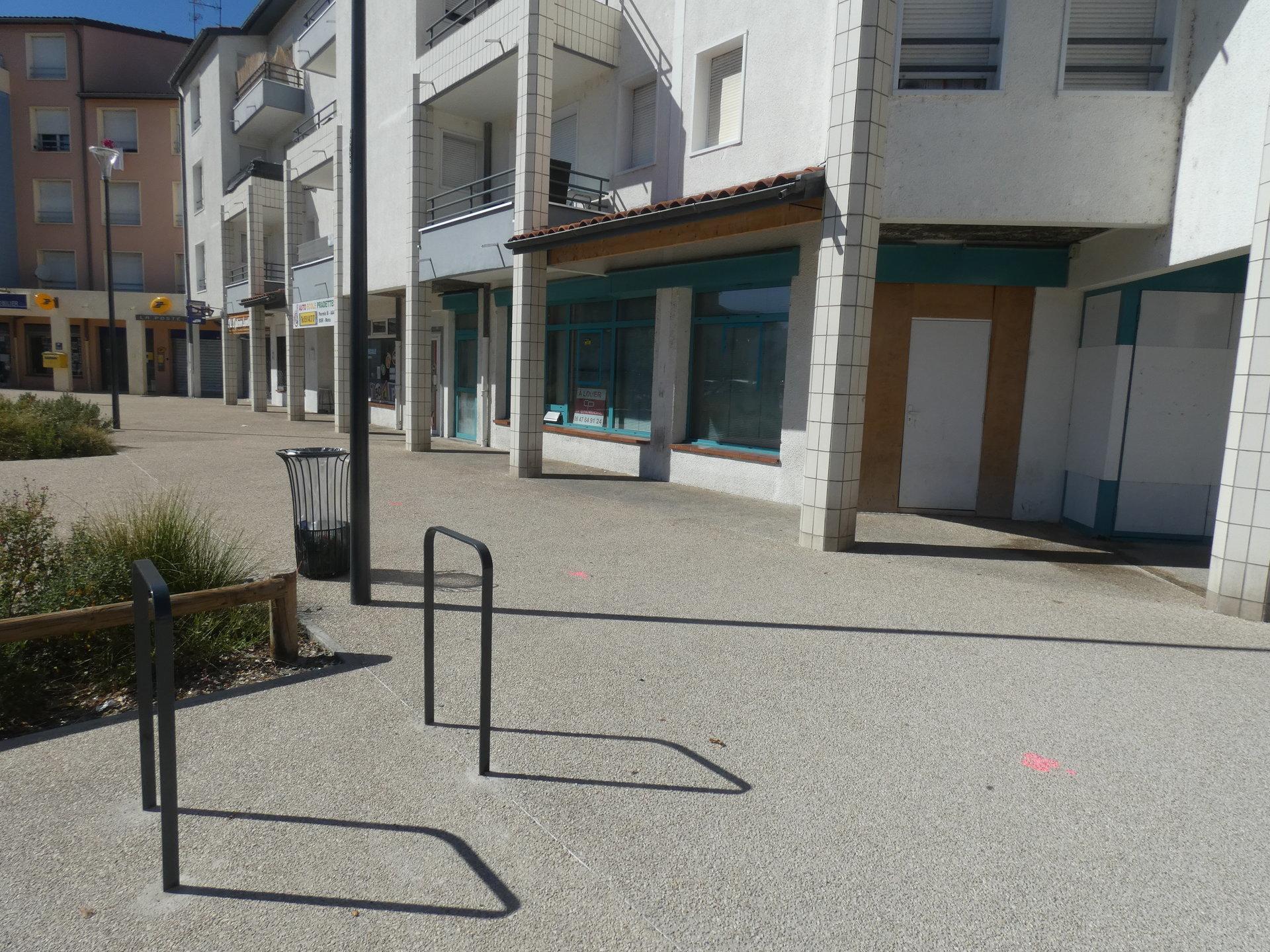Toulouse / Place des Pradettes