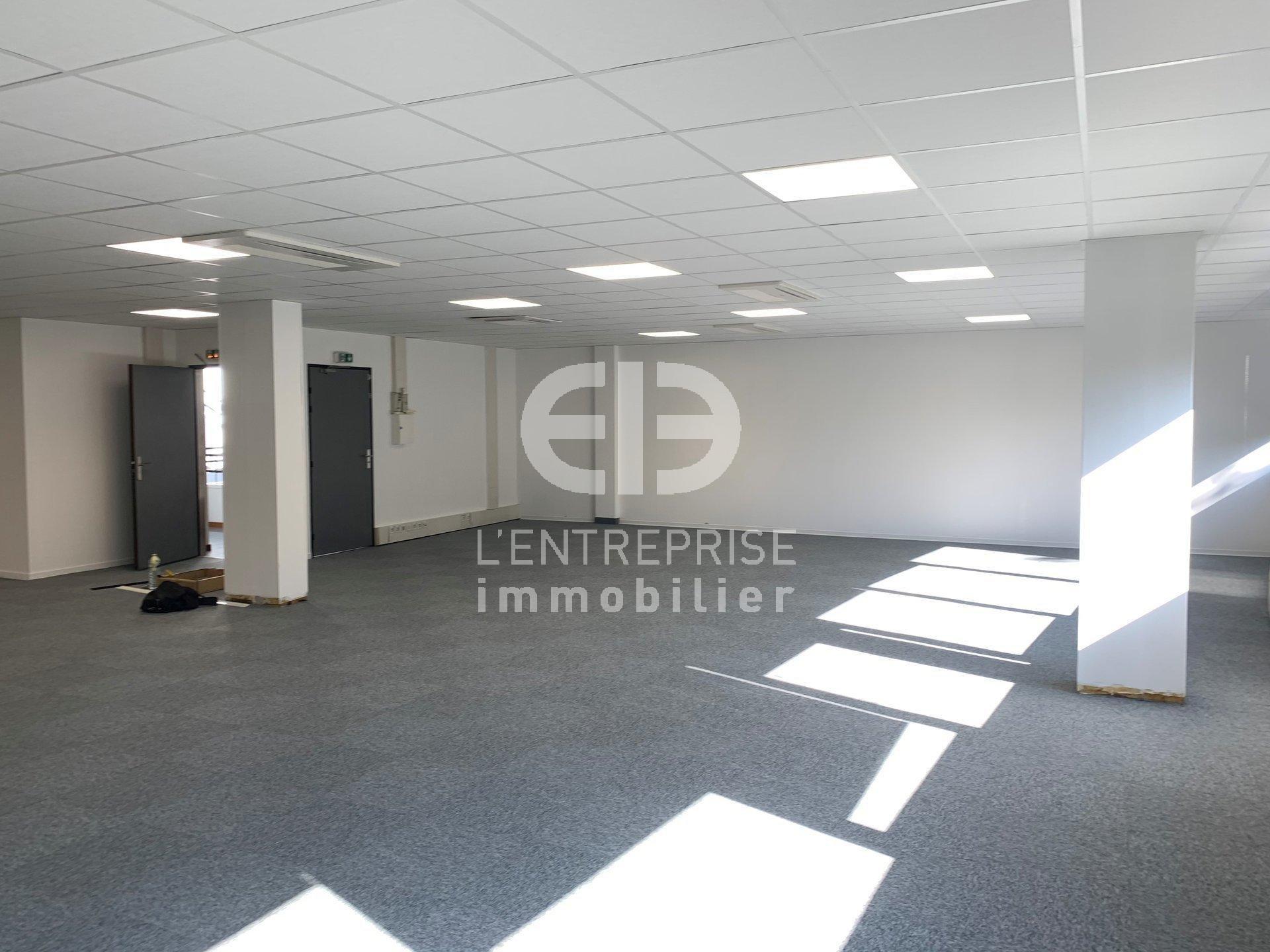 A LOUER, BUREAUX 155 m² ENVIRON, SECTEUR SOPHIA ANTIPOLIS