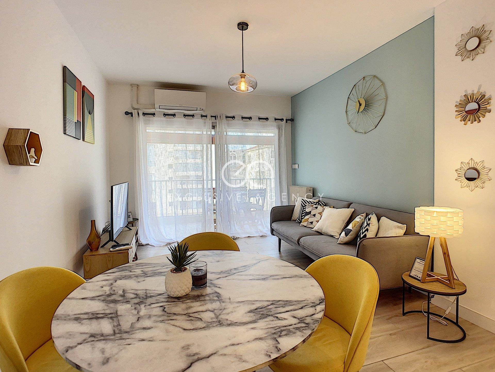 MONTHLY FURNISHED RENTAL CANNES 2-ROOM APARTMENT 40SQM WITH TERRACE