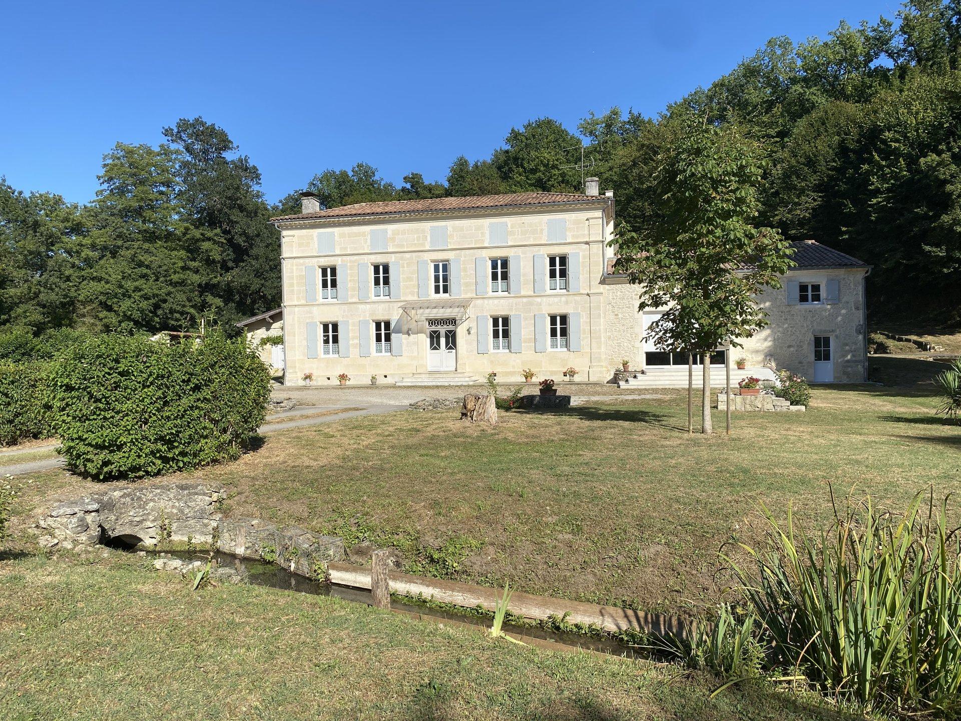 BELLE MAISON DE MAITRE - Val de Saintonge