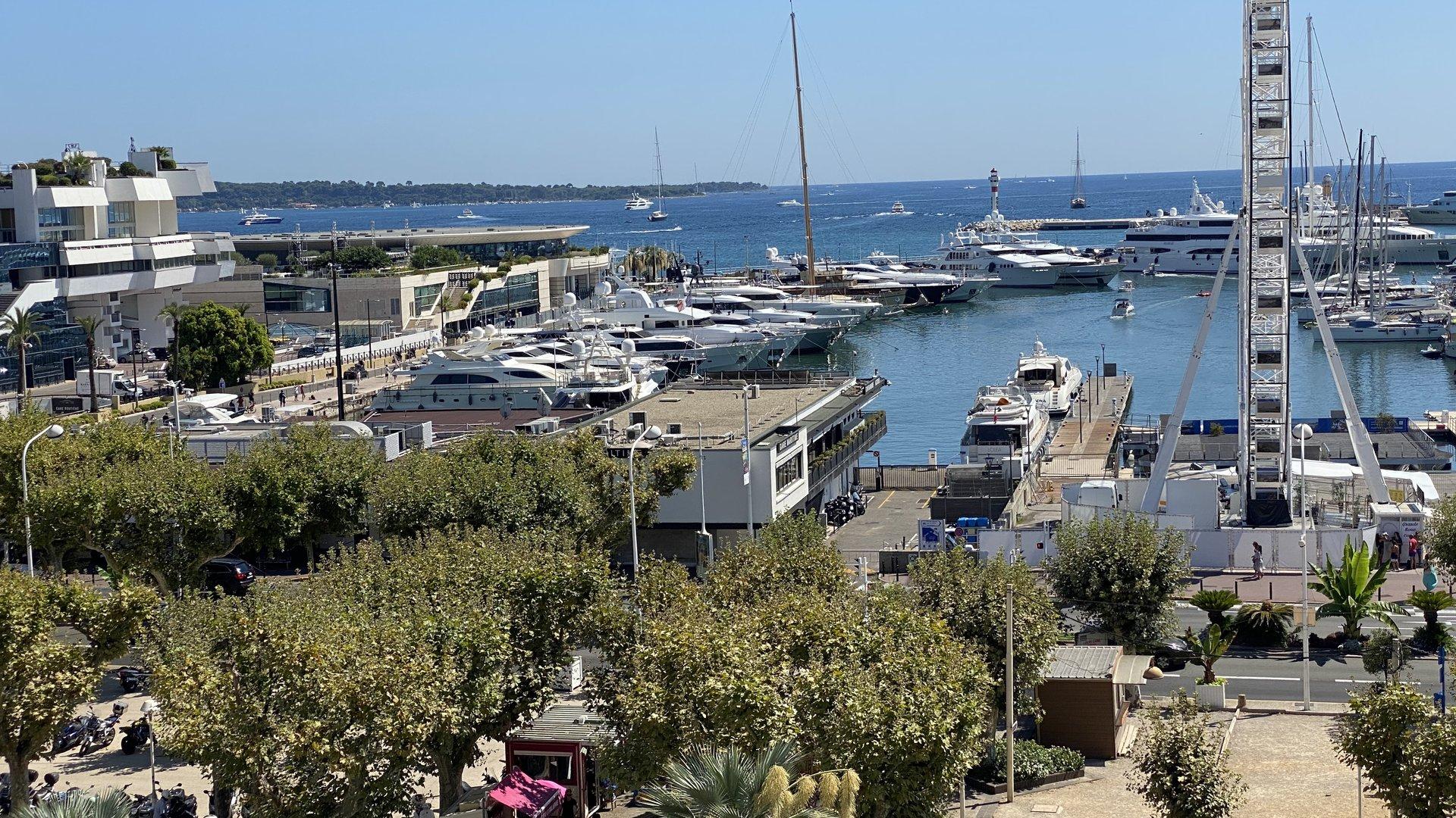 Cannes Superbe vue Mer et  suquet