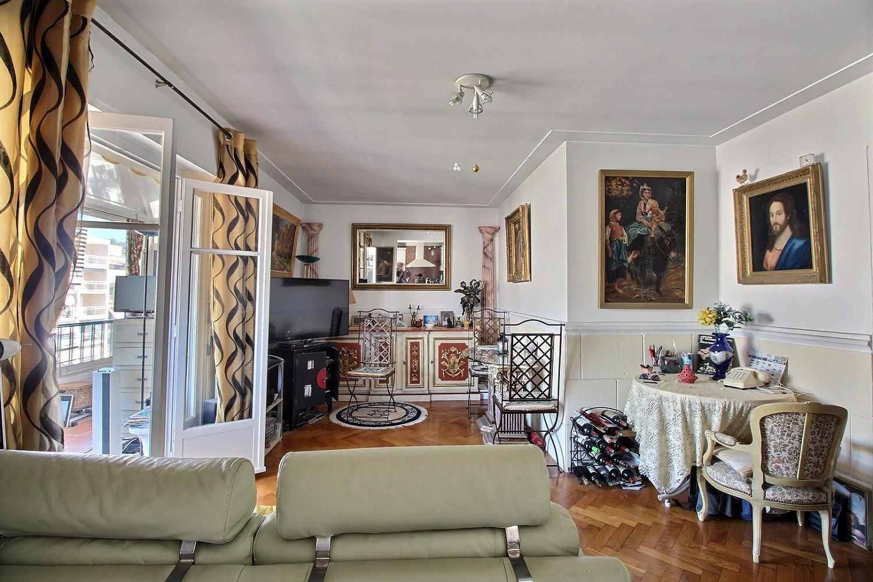 3 Pièces - terrasses - dernier étage