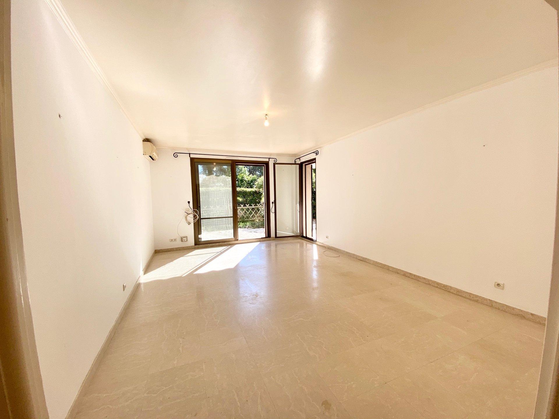 REZ-DE-JARDIN 3P climatisé 80m2 d'angle avec terrasse/jardin 400000€