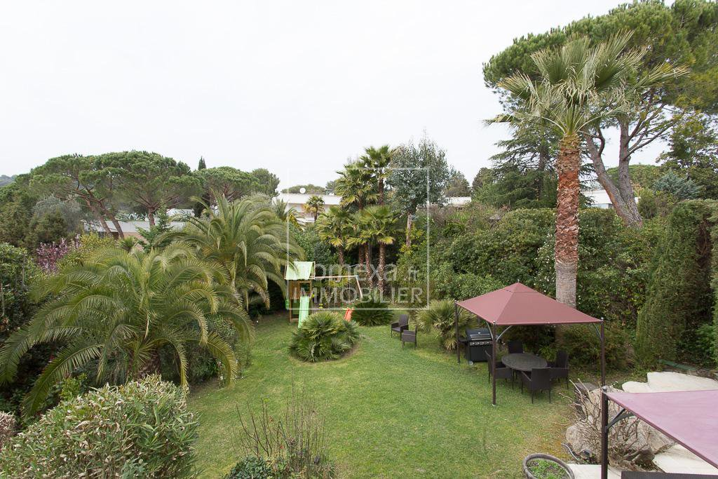 Seasonal rental House - Biot