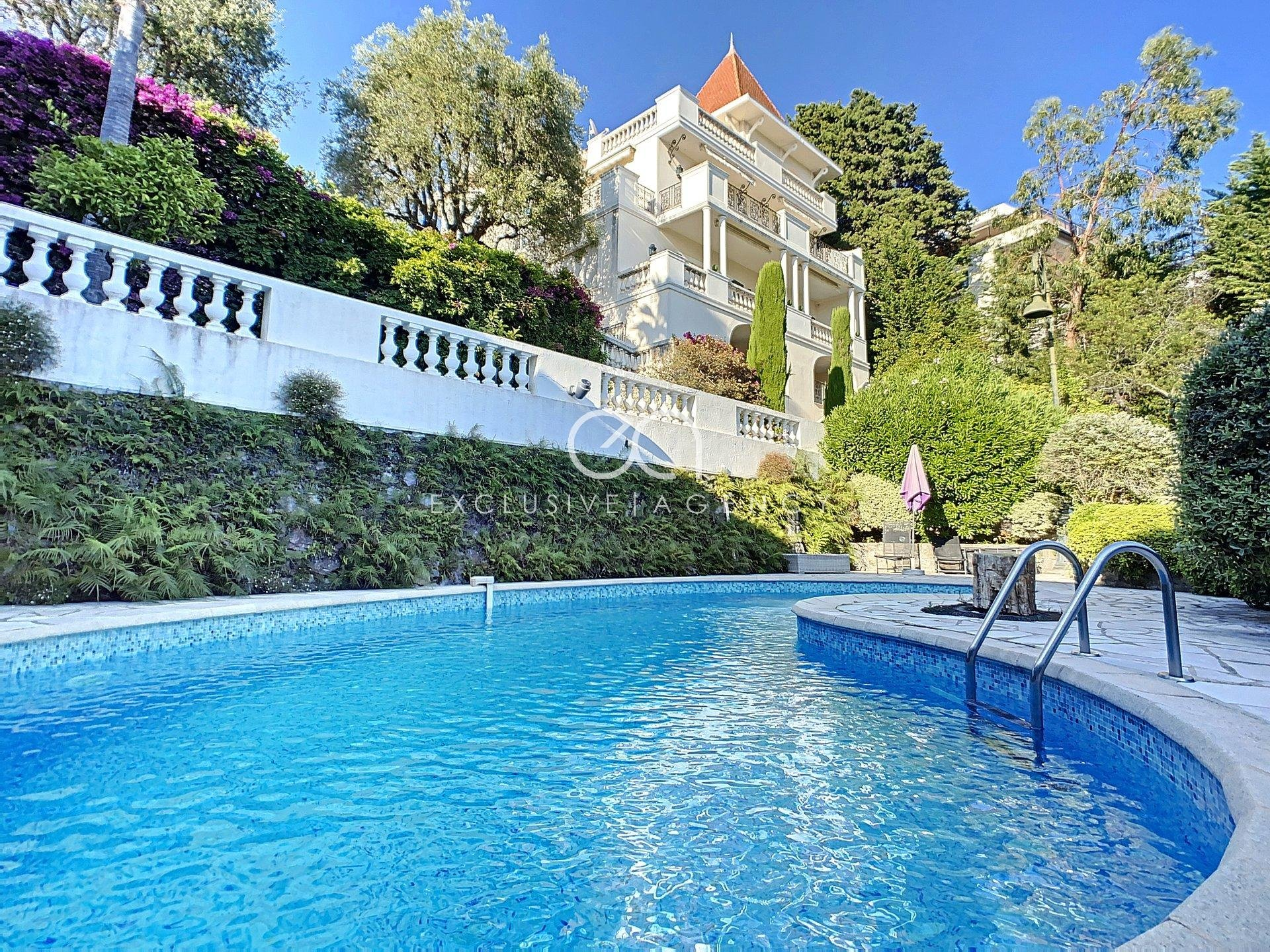 CANNES CALIFORNIE FOR SALE PRIVATE MANSION OF 350SQM WITH ENCHANTING SEA VIEW
