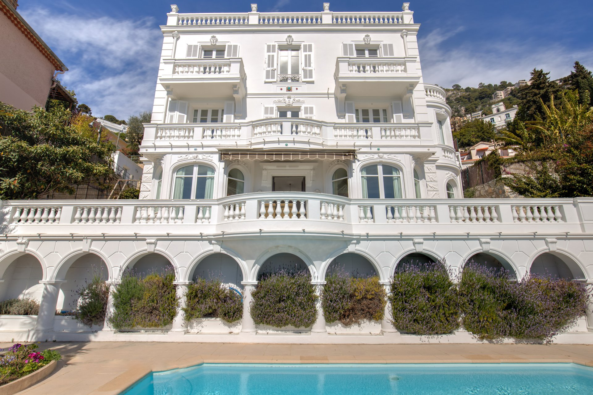 Belle Epoque villa with stunning sea views, a short stroll from the beach