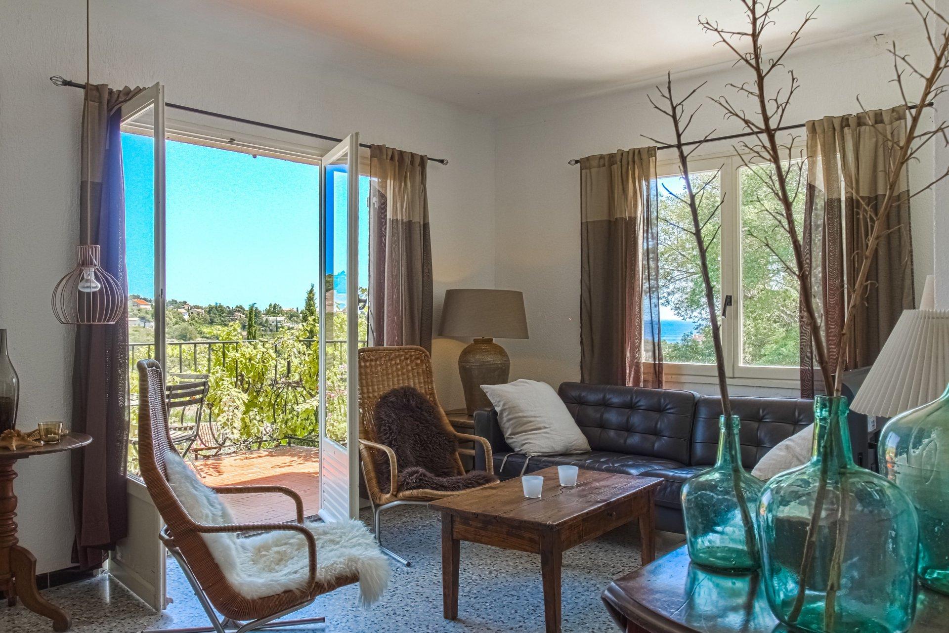 Villa avec 4 chambres, piscine et vue mer aux Issambres