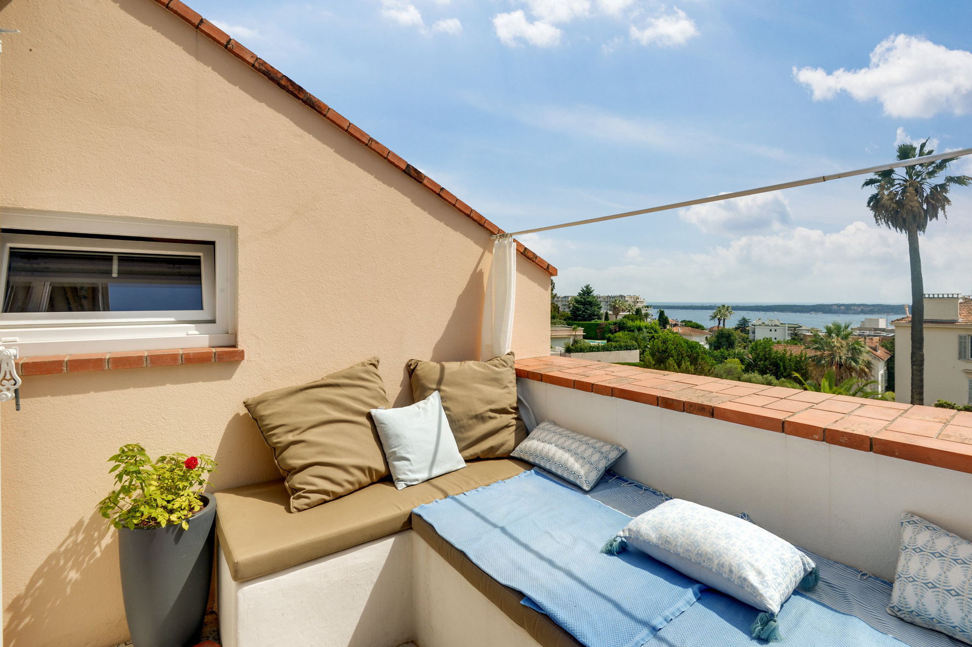 Cannes Californie - Exceptional location with exceptional view