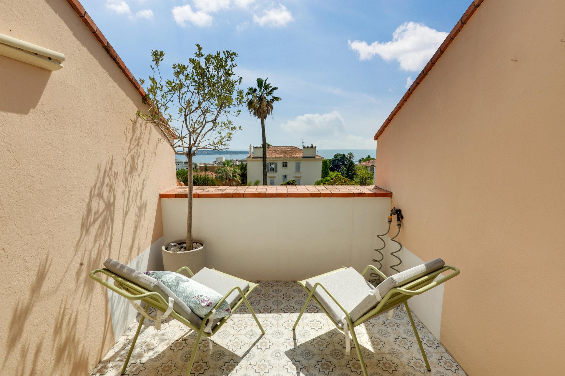 Cannes Californie - Støken og meget sjarmerende toppetasje med sjøutsikt og terrasser