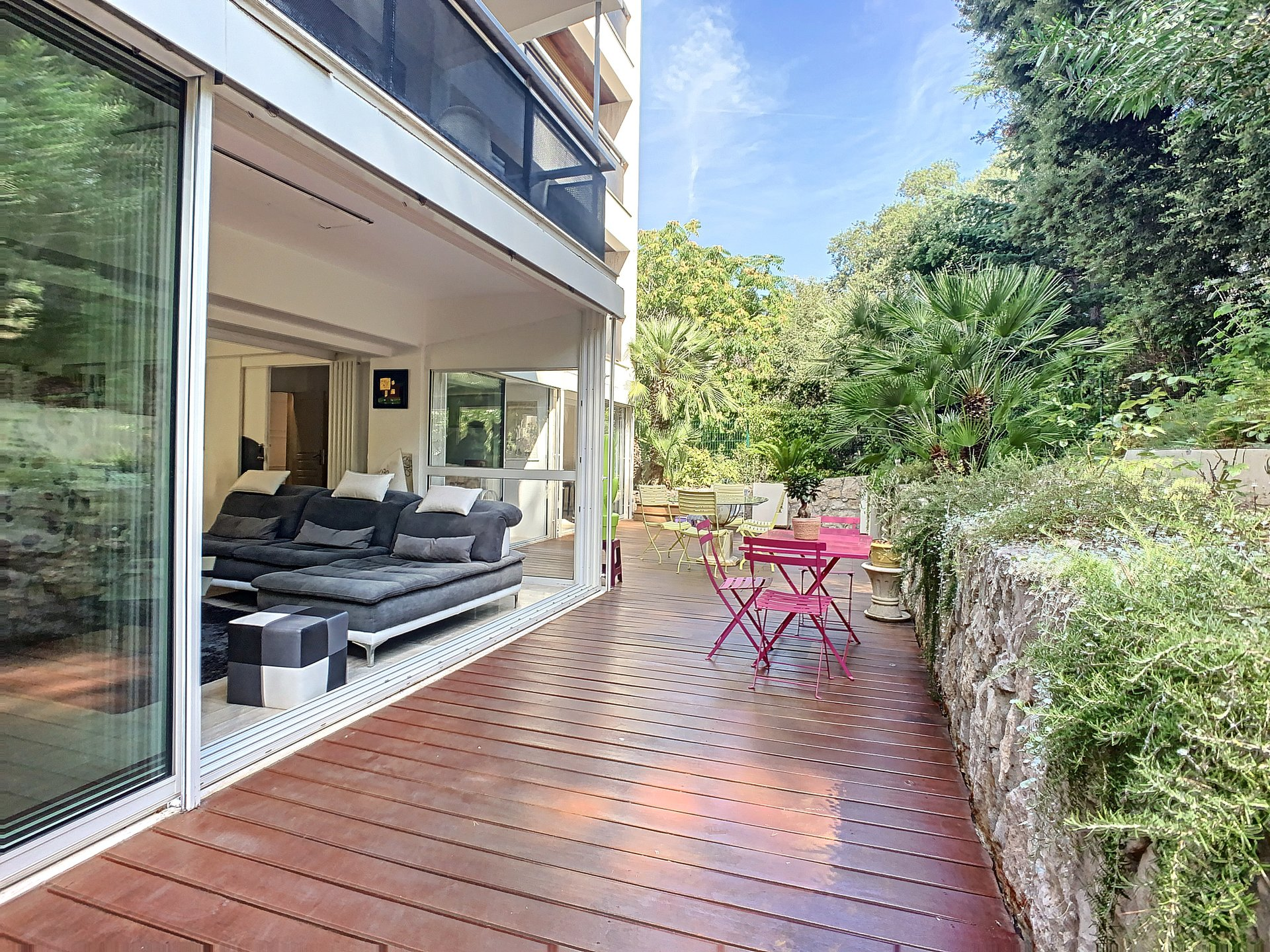Cannes Montfleury Large 2-bedroom apartment Garden - Garage