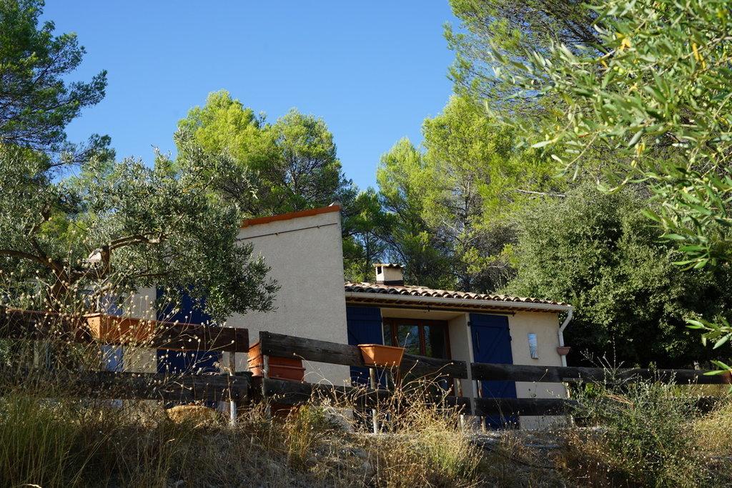 House on a 1,4 ha land