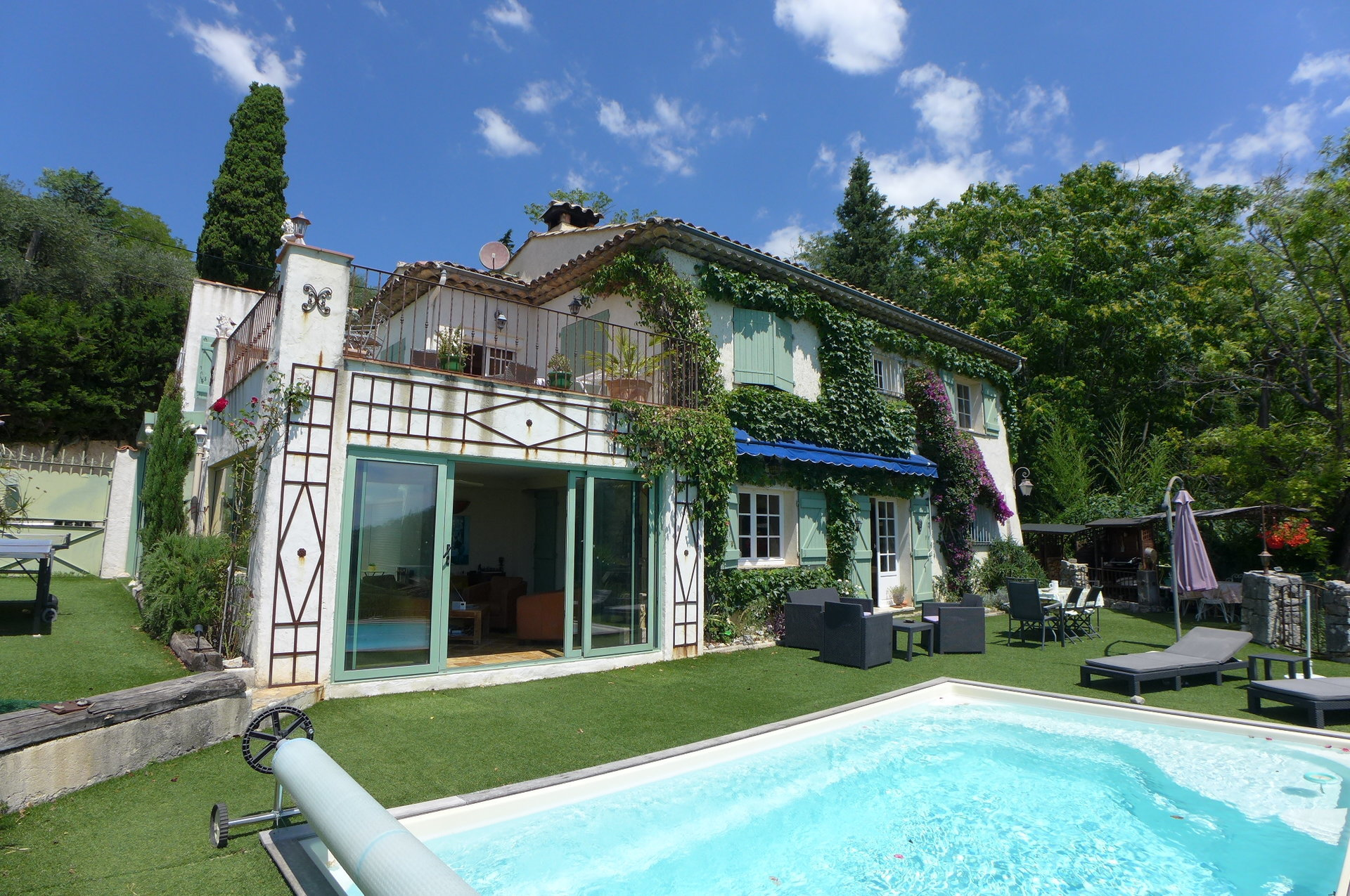 Large family home with 4+2 bedrooms - Magagnosc