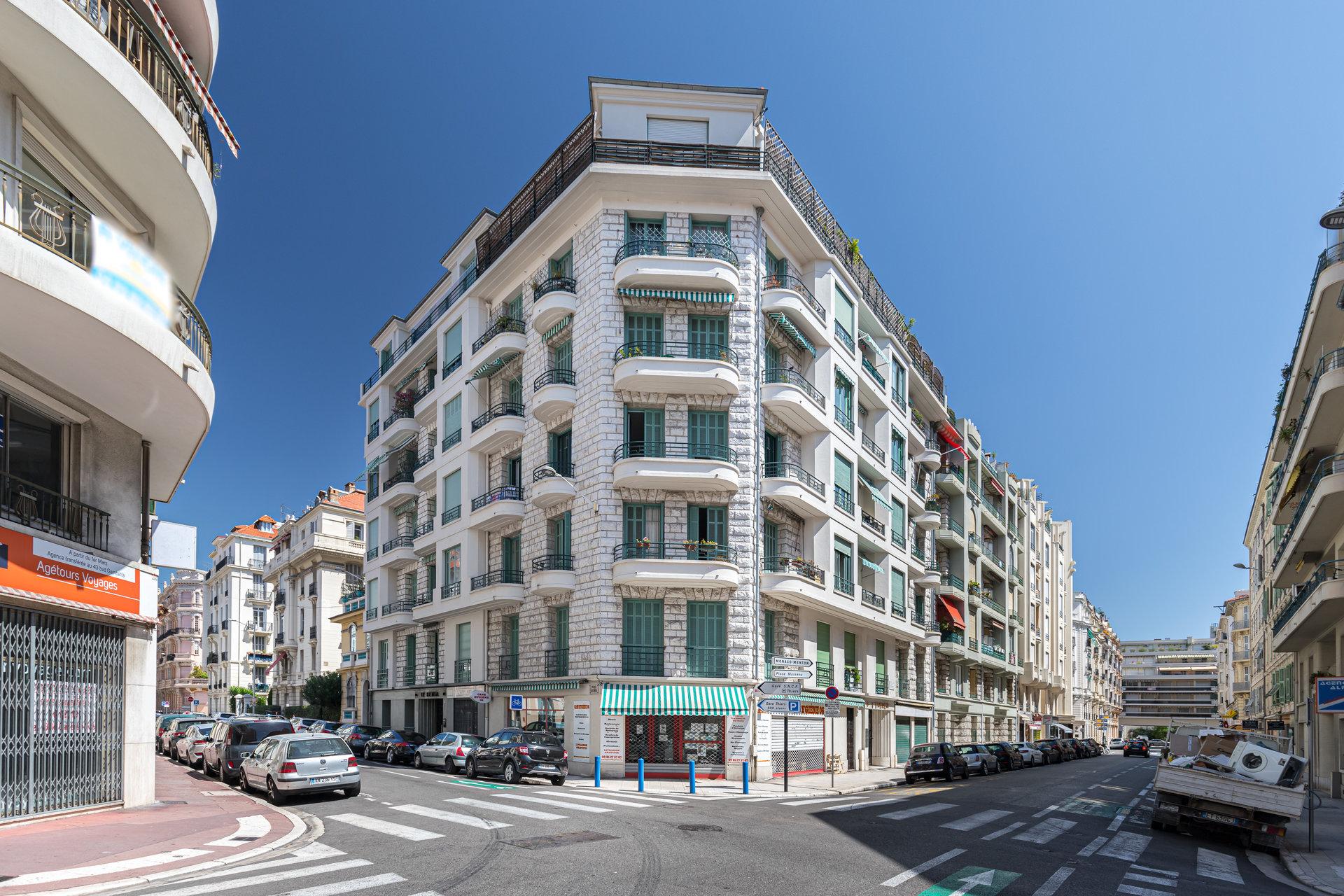 Nice Musiciens / Verdi - 2 Pièces Balcon
