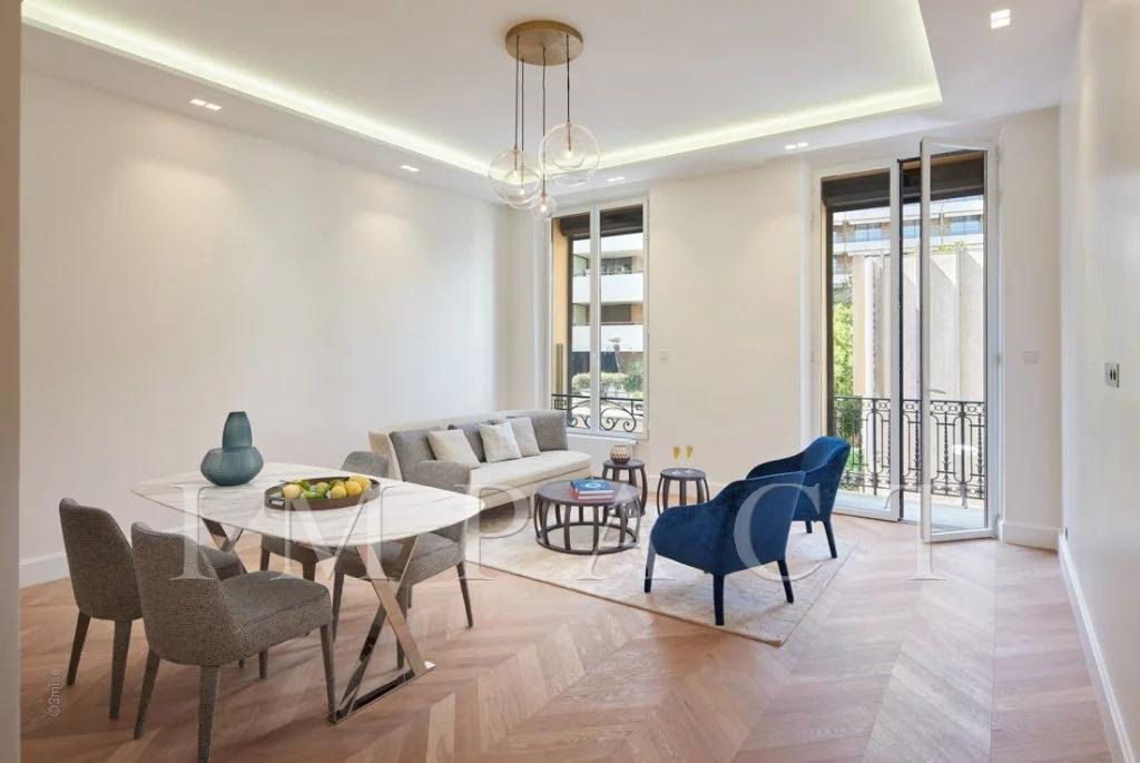 Luxurious Bourgeois Apartment Cannes 100m from Croisette