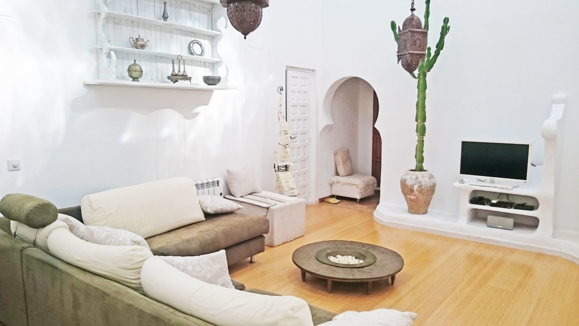 Authentic finca in Arabic style