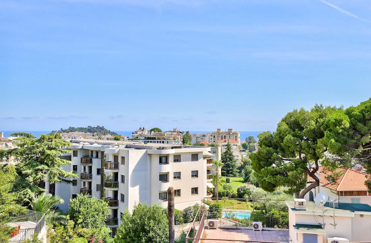 3:a med terrass och havsutsikt - Nice Cimiez