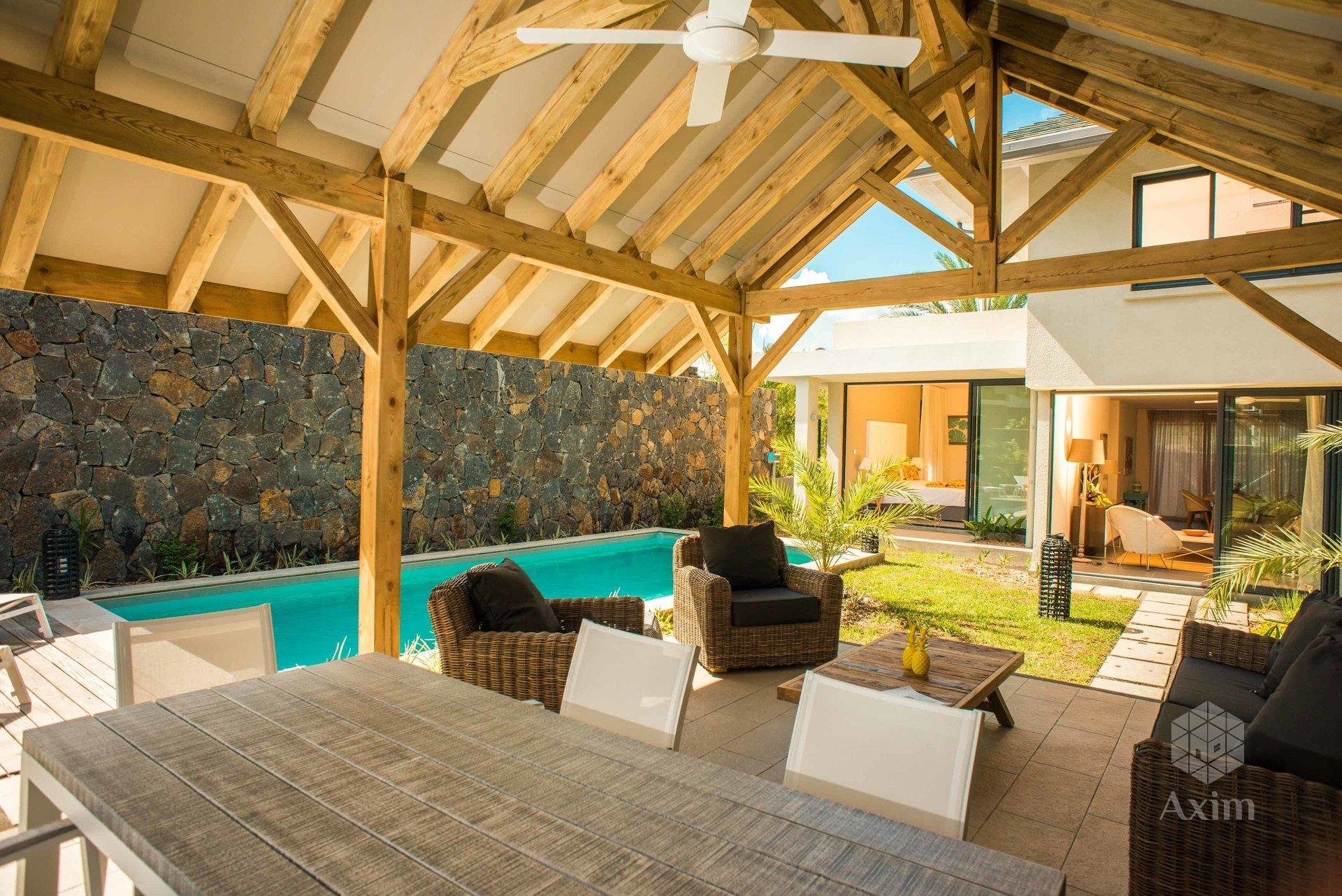 TAMARIN - New 3 bedroom villa in a highly secured residence
