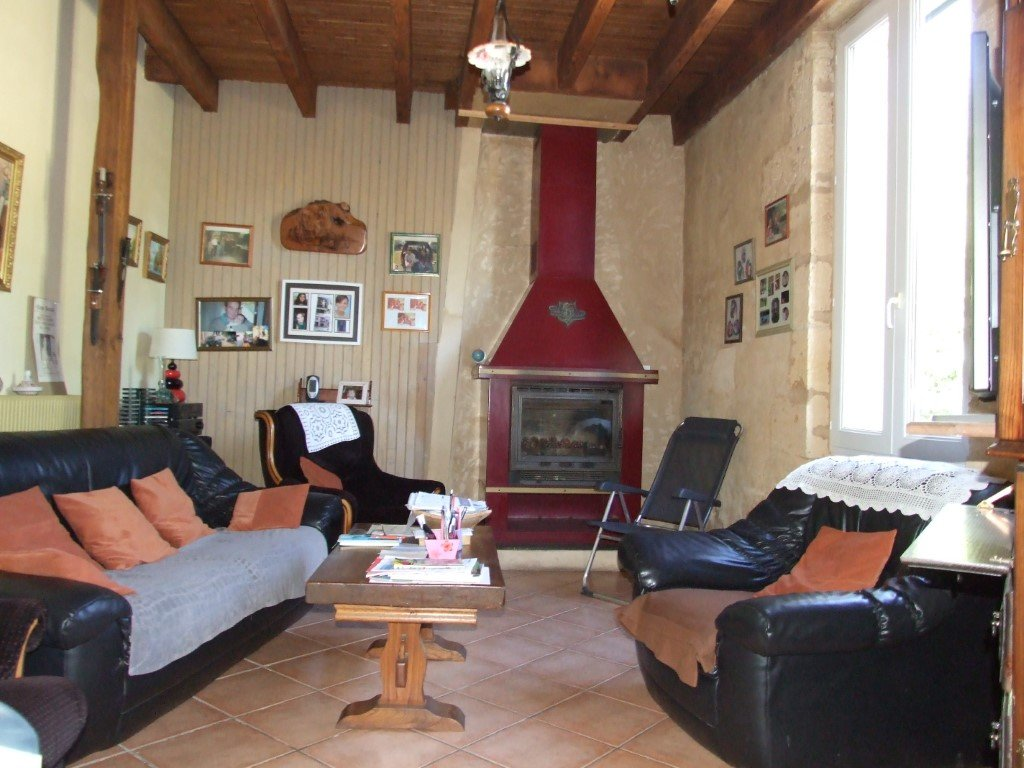 PROPRIETE EN PIERRE 577 M² HABITABLE