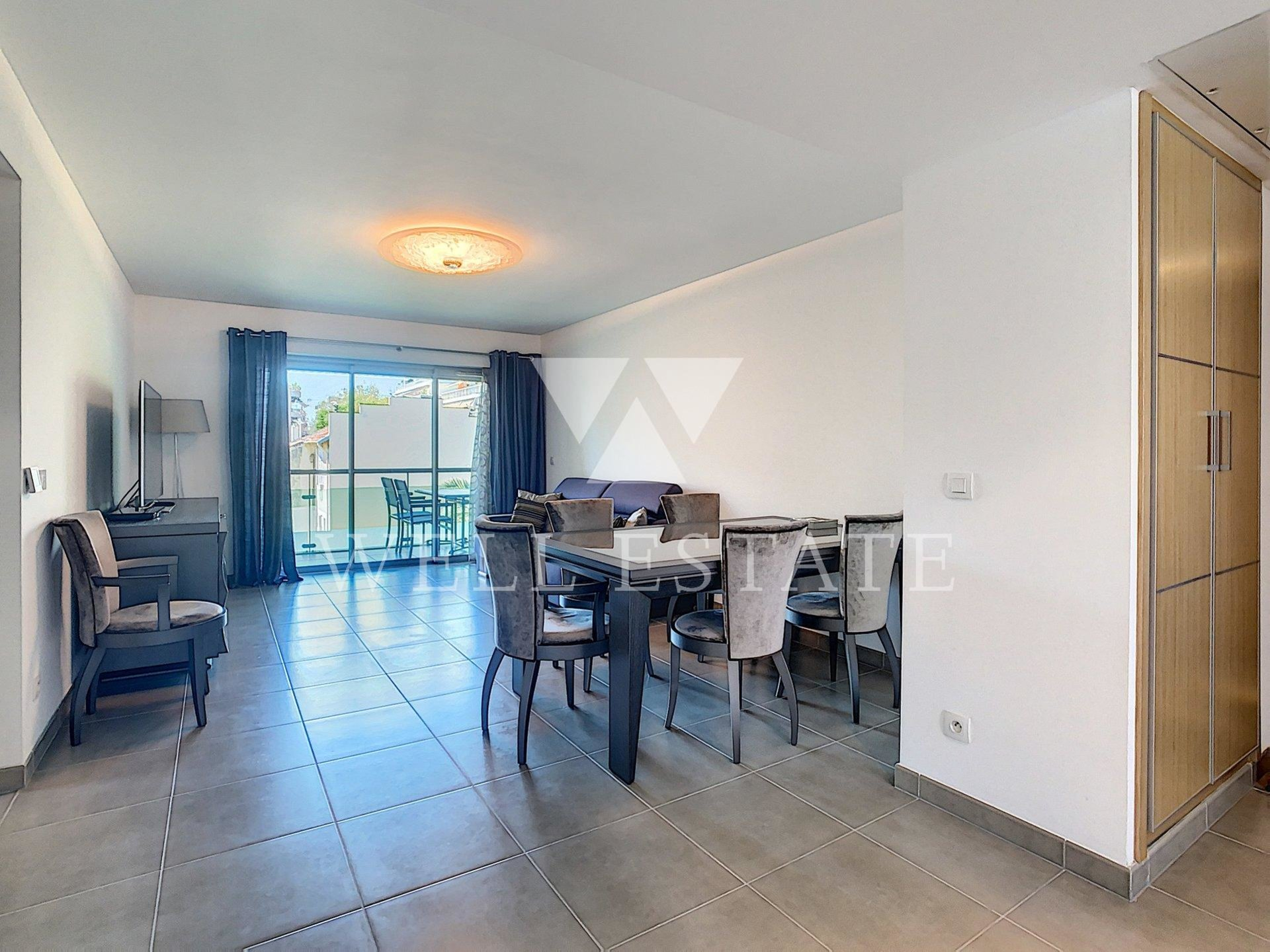 ANTIBES/JUAN LES PINS 2 BEDROOM APARTMENT WITH TERRACE IN A RECENT LUXURY RESIDENCE