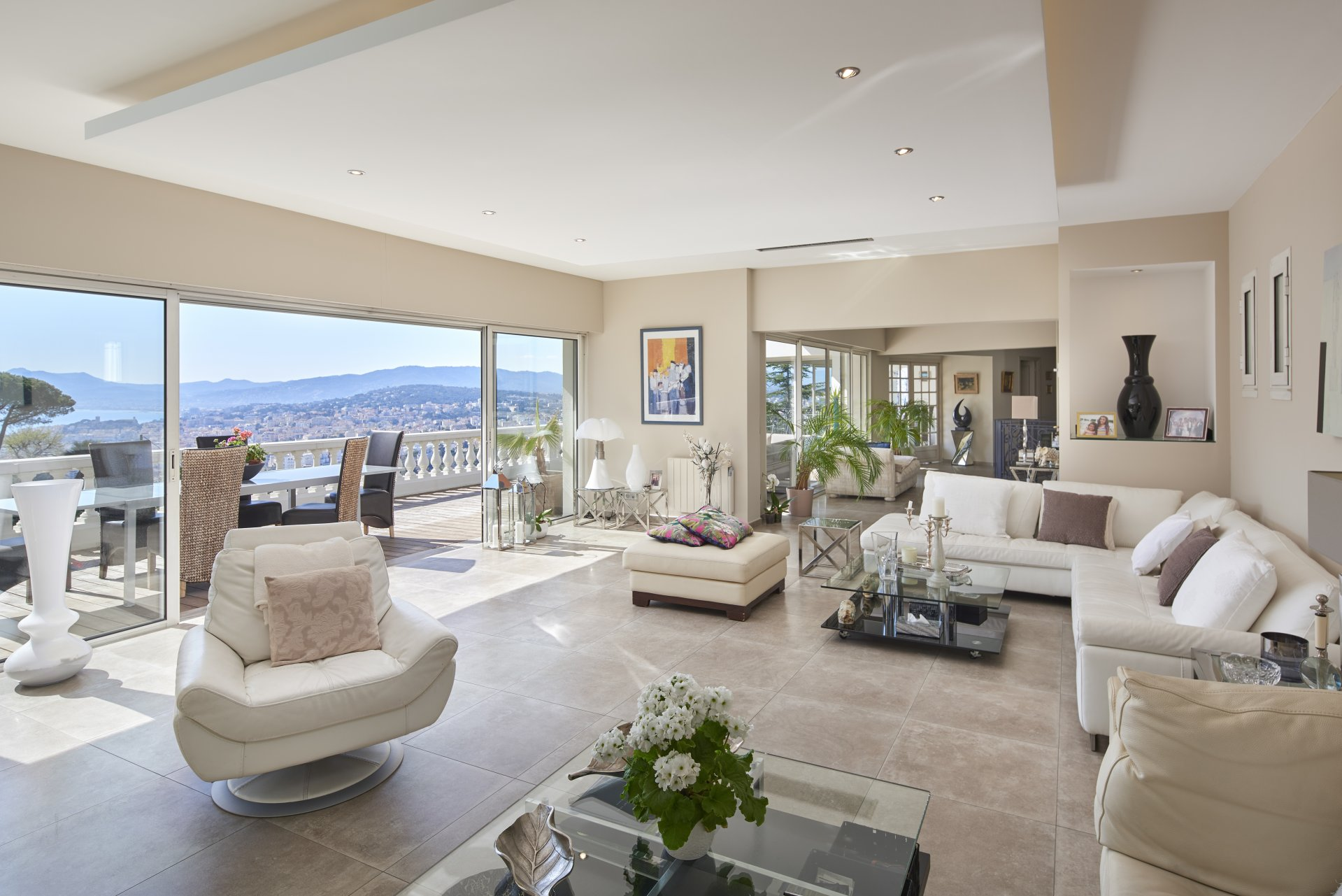 For Sale - Villa with panoramic sea view - La Californie